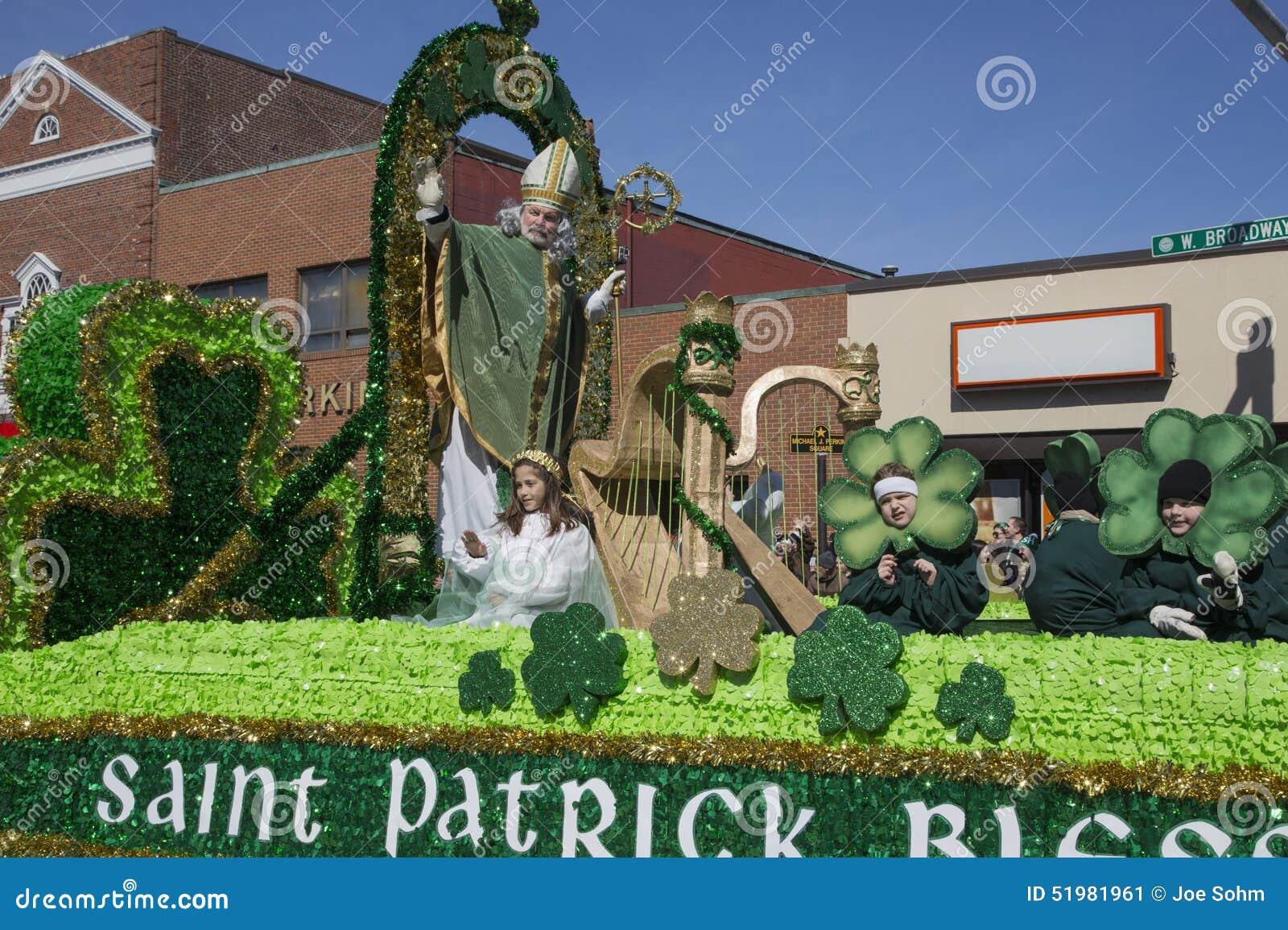 St Patrick błogosławieństwa tłum, St Patrick dnia parada, 2014, Południowy Boston, Massachusetts, usa