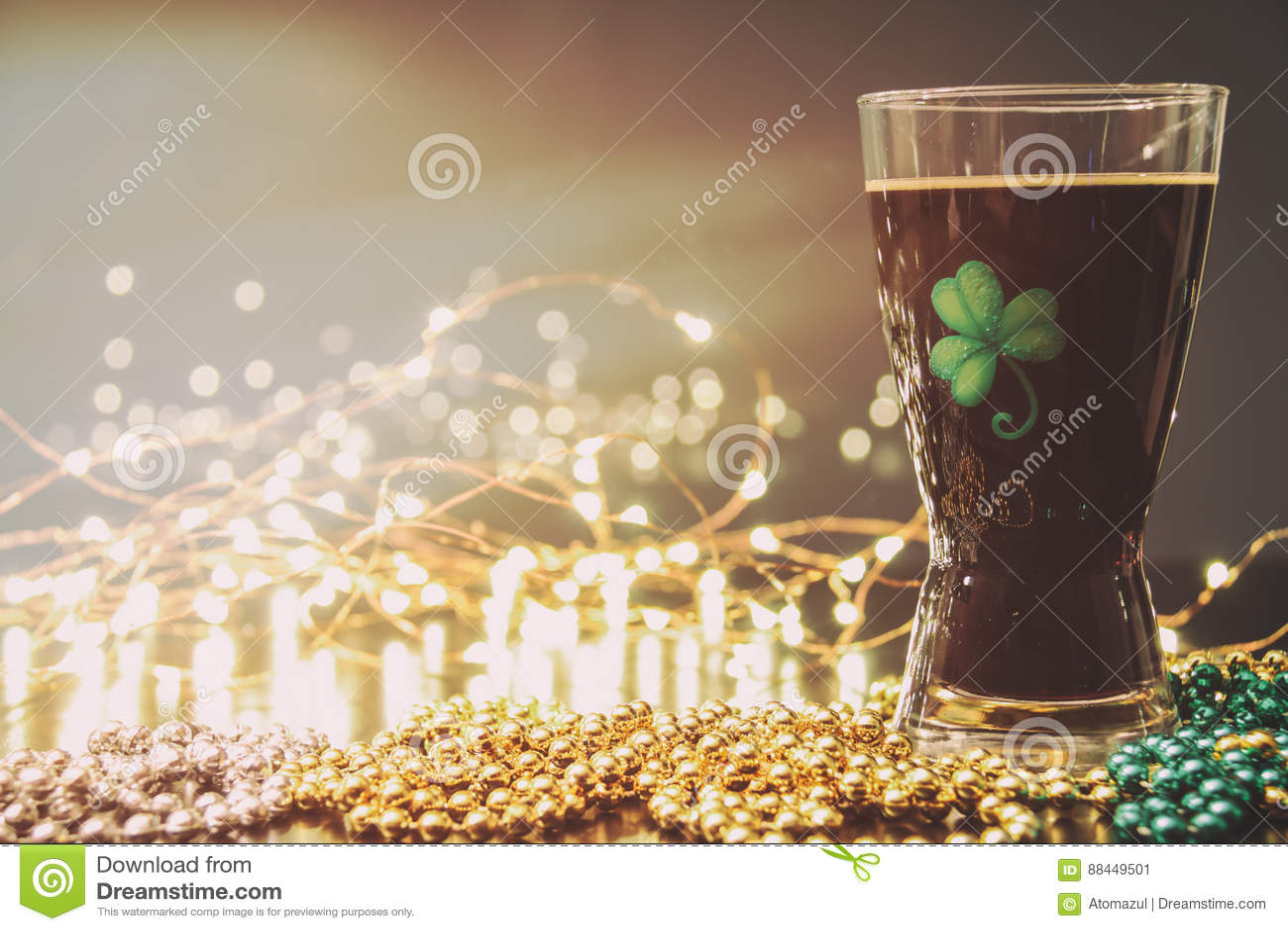 St Patricks dnia Irlandzki Korpulentny piwo