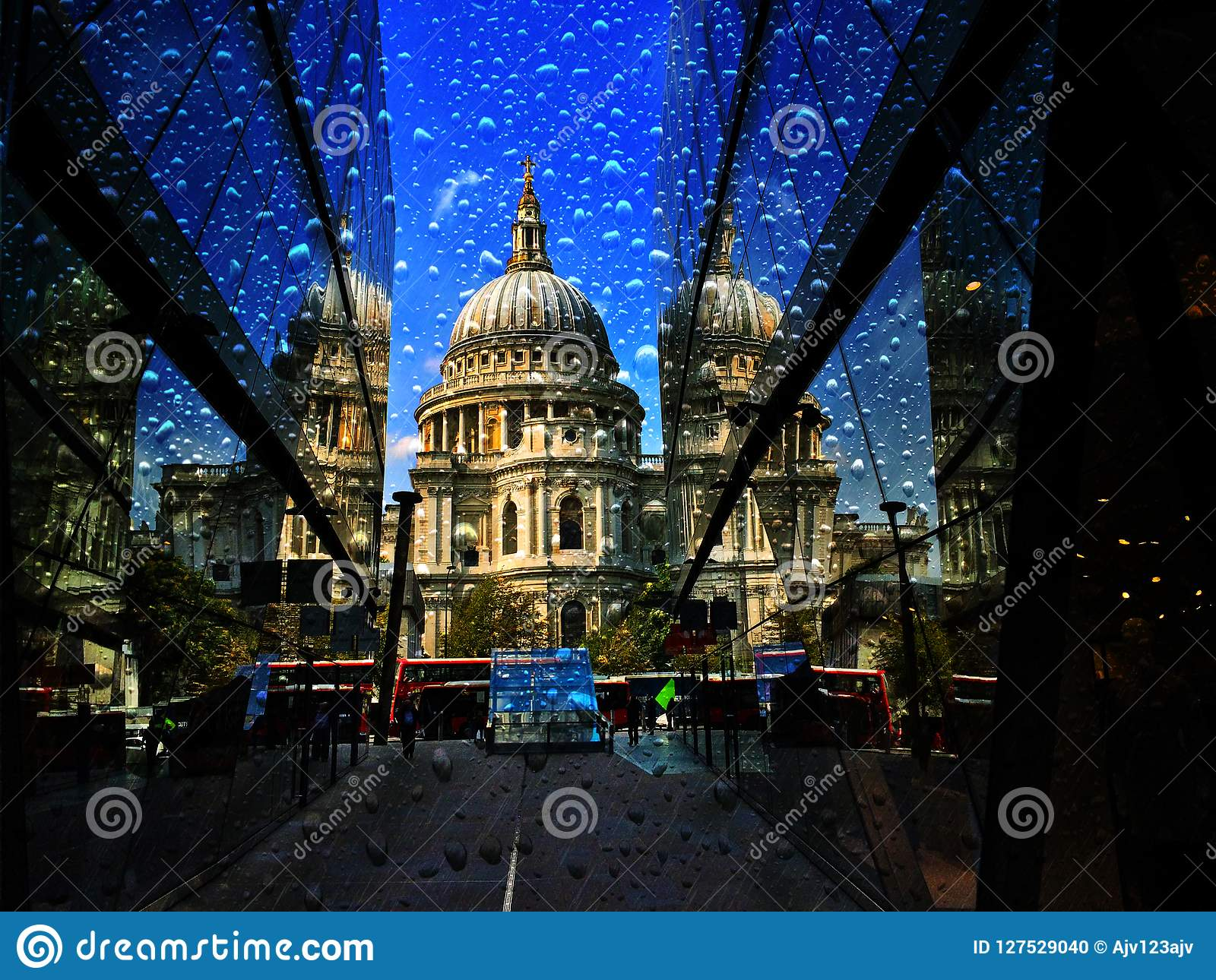 St. Pauls Cathedral Heavy Rain