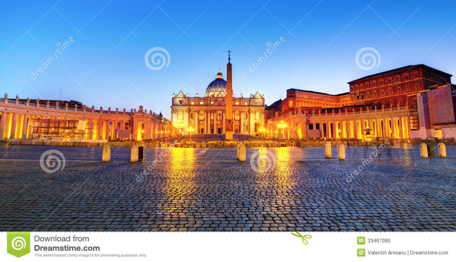 St. Peter s square night