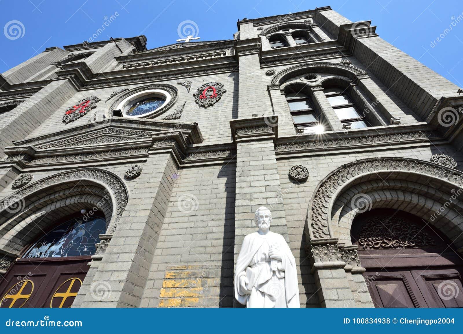 St Peter ` s statua przed kościół