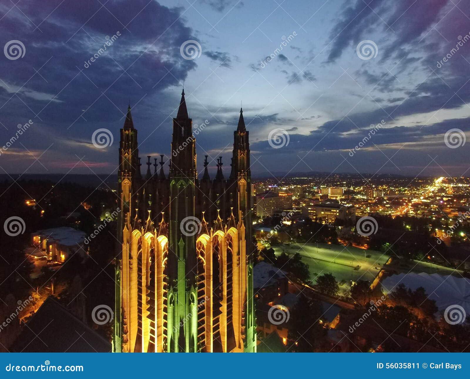 St Peters Cathedral da skyline de Spokane
