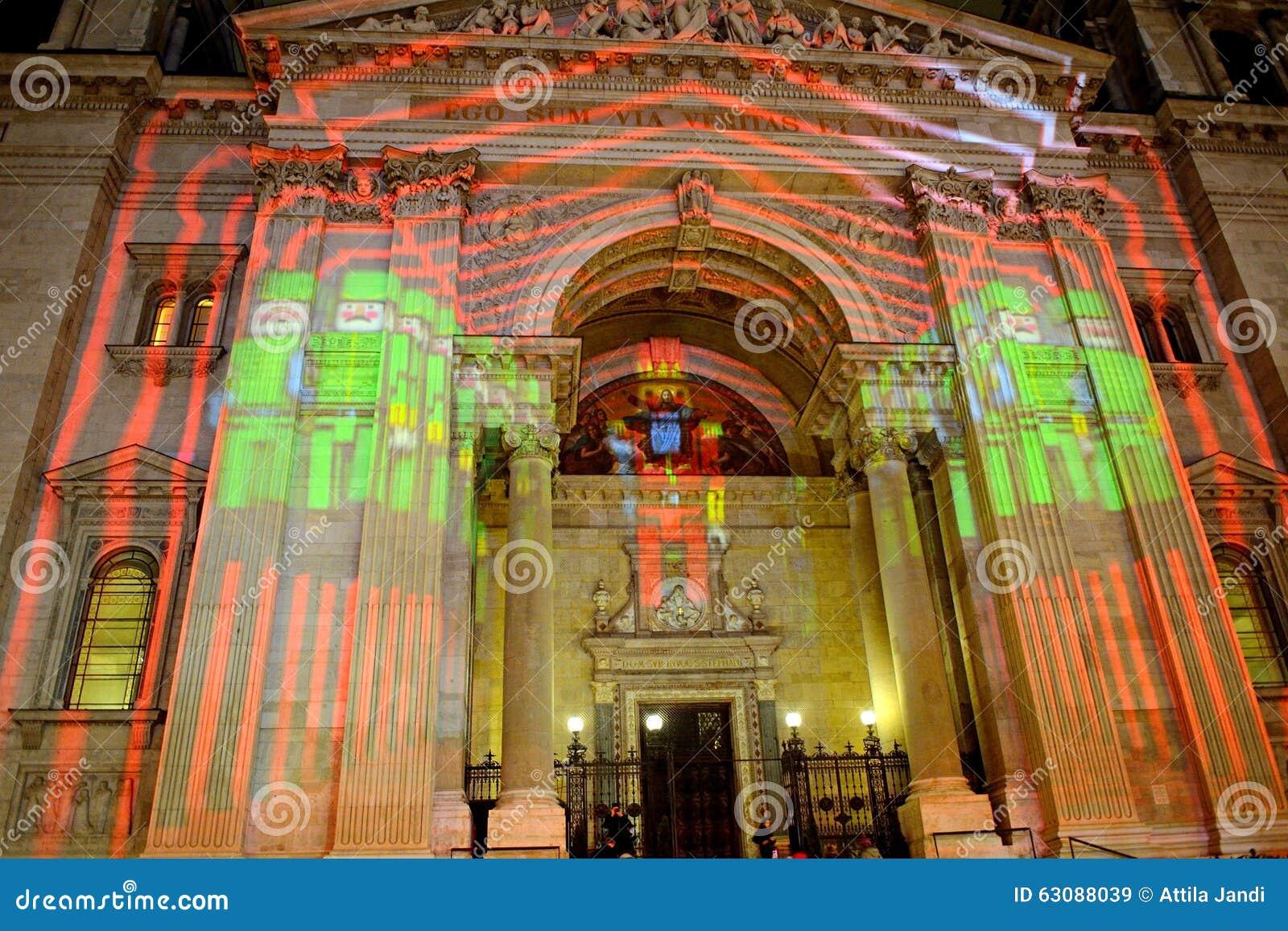 Download St Steven Cathedral Dans L'illumination De Noël, Budapest, Hongrie Image stock éditorial - Image du culturel, festival: 63088039
