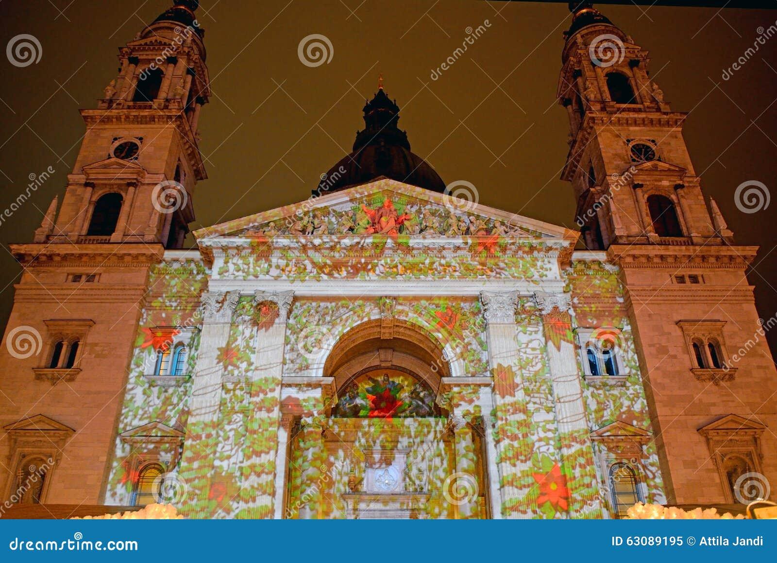 Download St Steven Cathedral Dans L'illumination De Noël, Budapest, Hongrie Image éditorial - Image du hongrois, culture: 63089195
