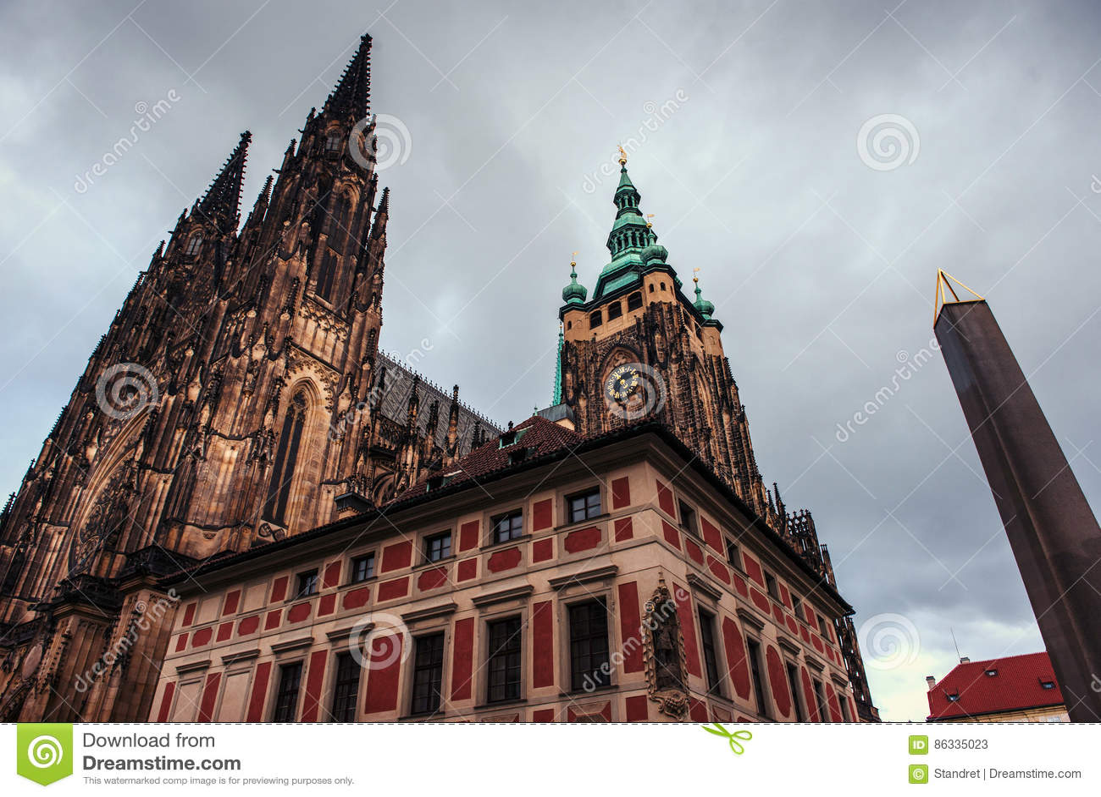 St Vitus大教堂在布拉格