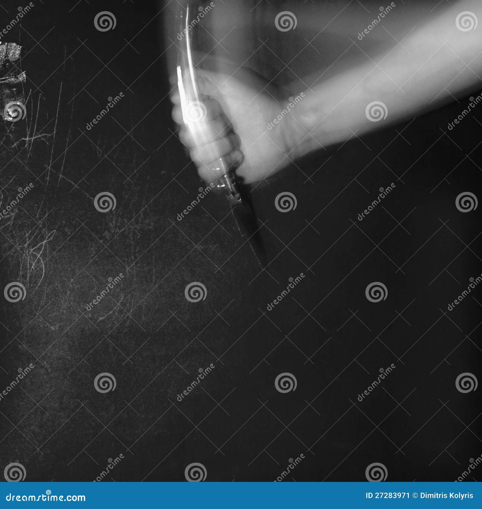 Stabbing i darken