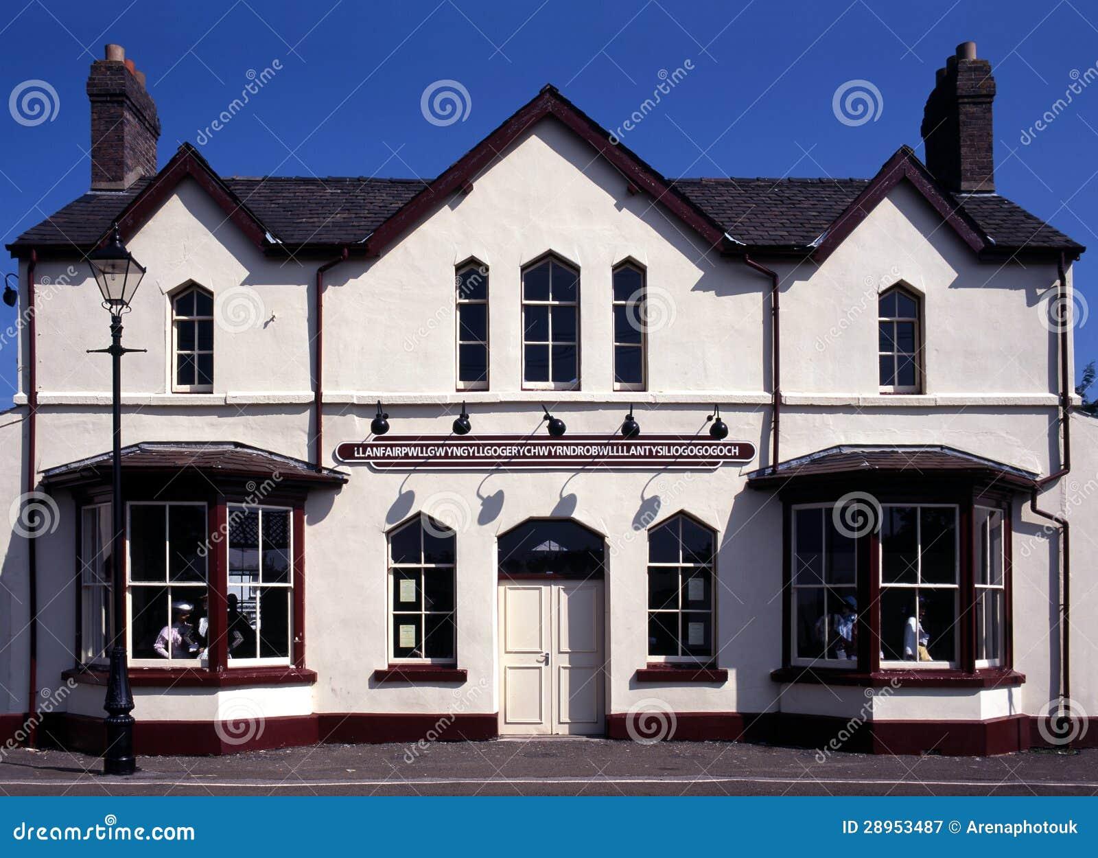 Stacja kolejowa, Llanfair, Anglesey, Walia.
