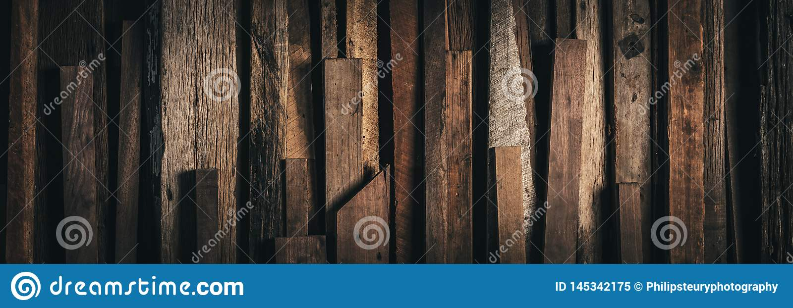 Dark Vintage Weathered Reclaimed Wooden Background - Web Banner