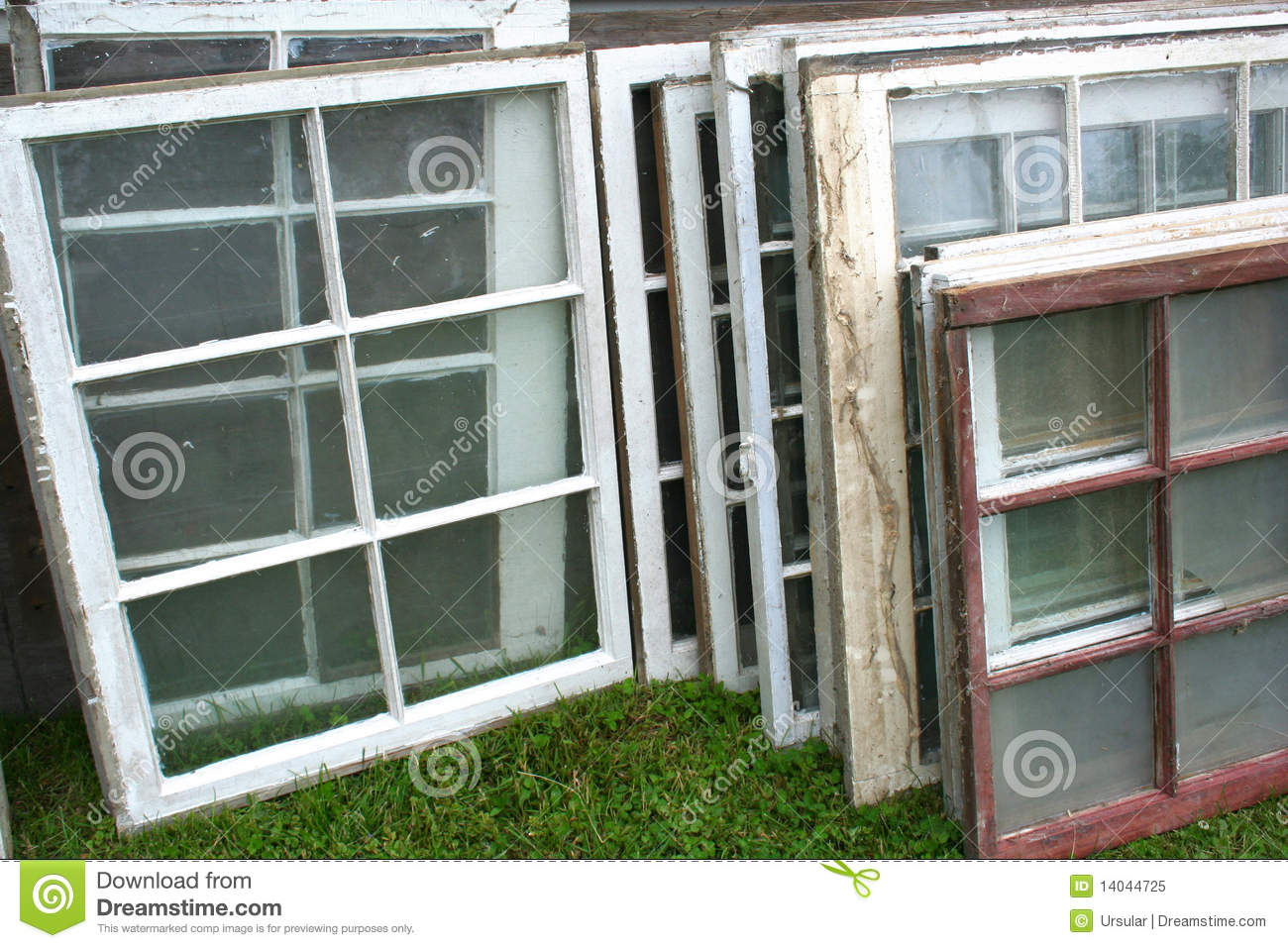 Stack Of Old Windows Royalty Free Stock Photo Image
