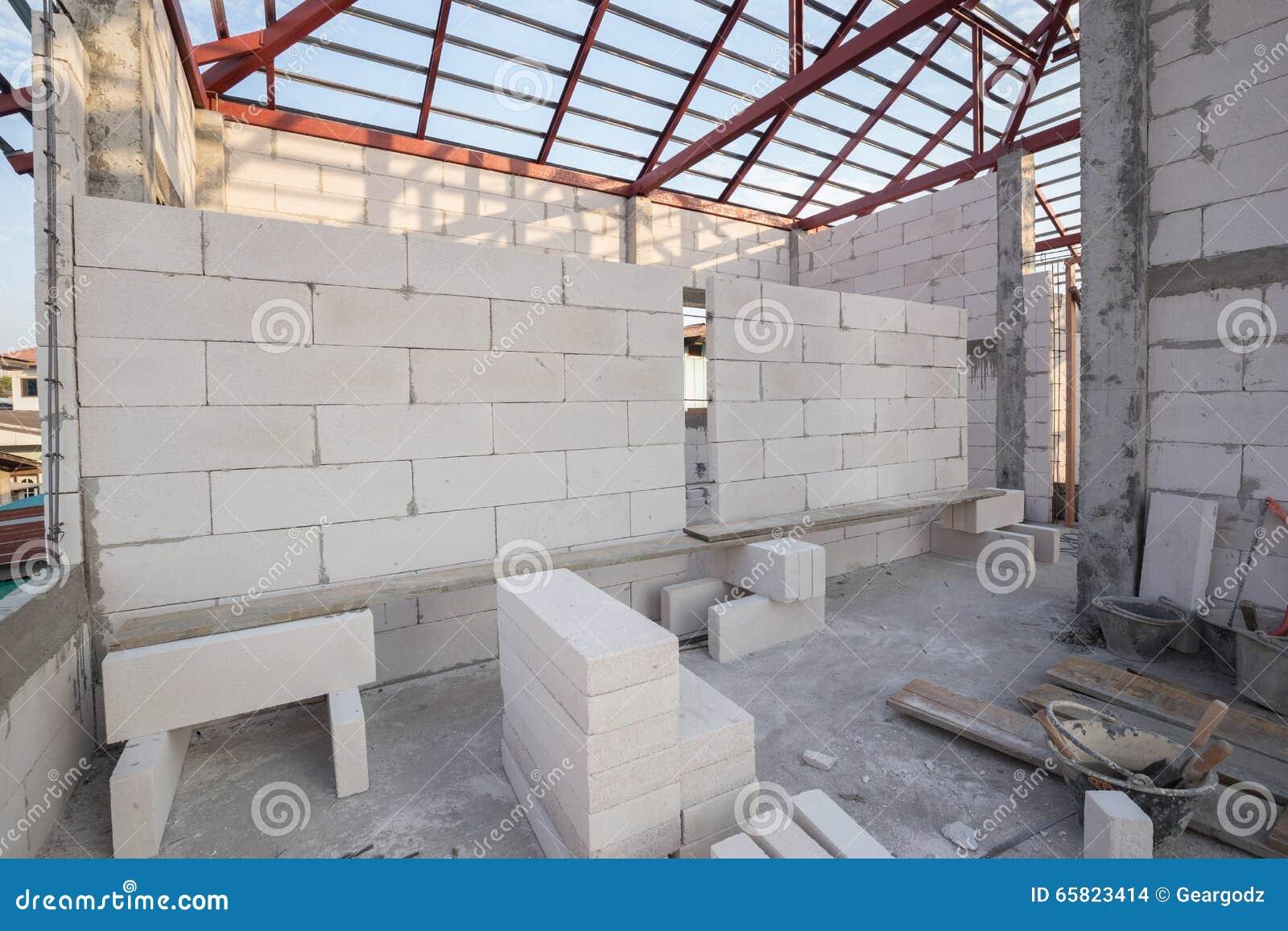 Stack of white lightweight concrete block foamed concrete for Foam concrete house construction