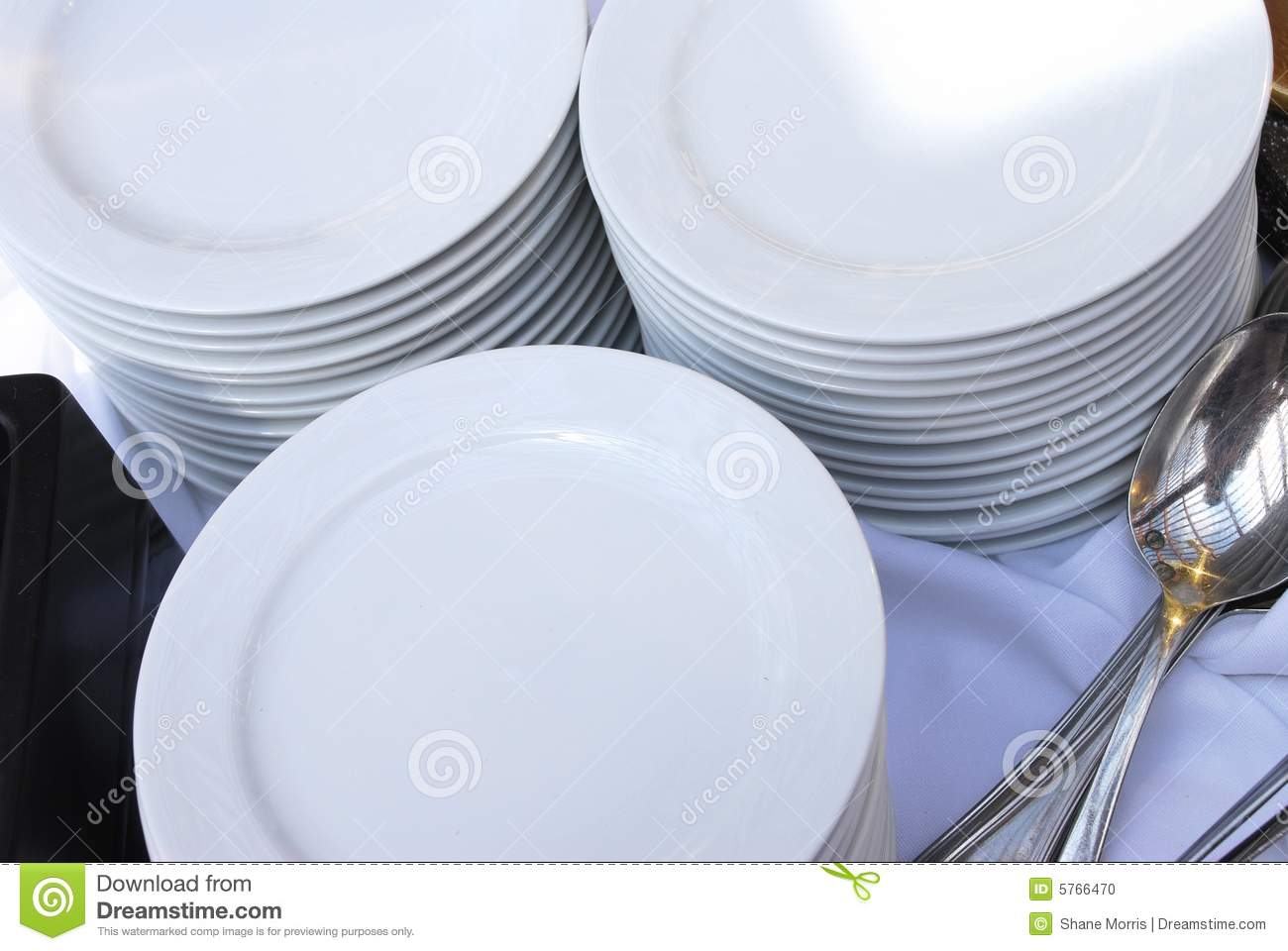 Stacks Of Catering Plates With Spoons Stock Photo - Image of food cloth 5766470 & Stacks Of Catering Plates With Spoons Stock Photo - Image of food ...