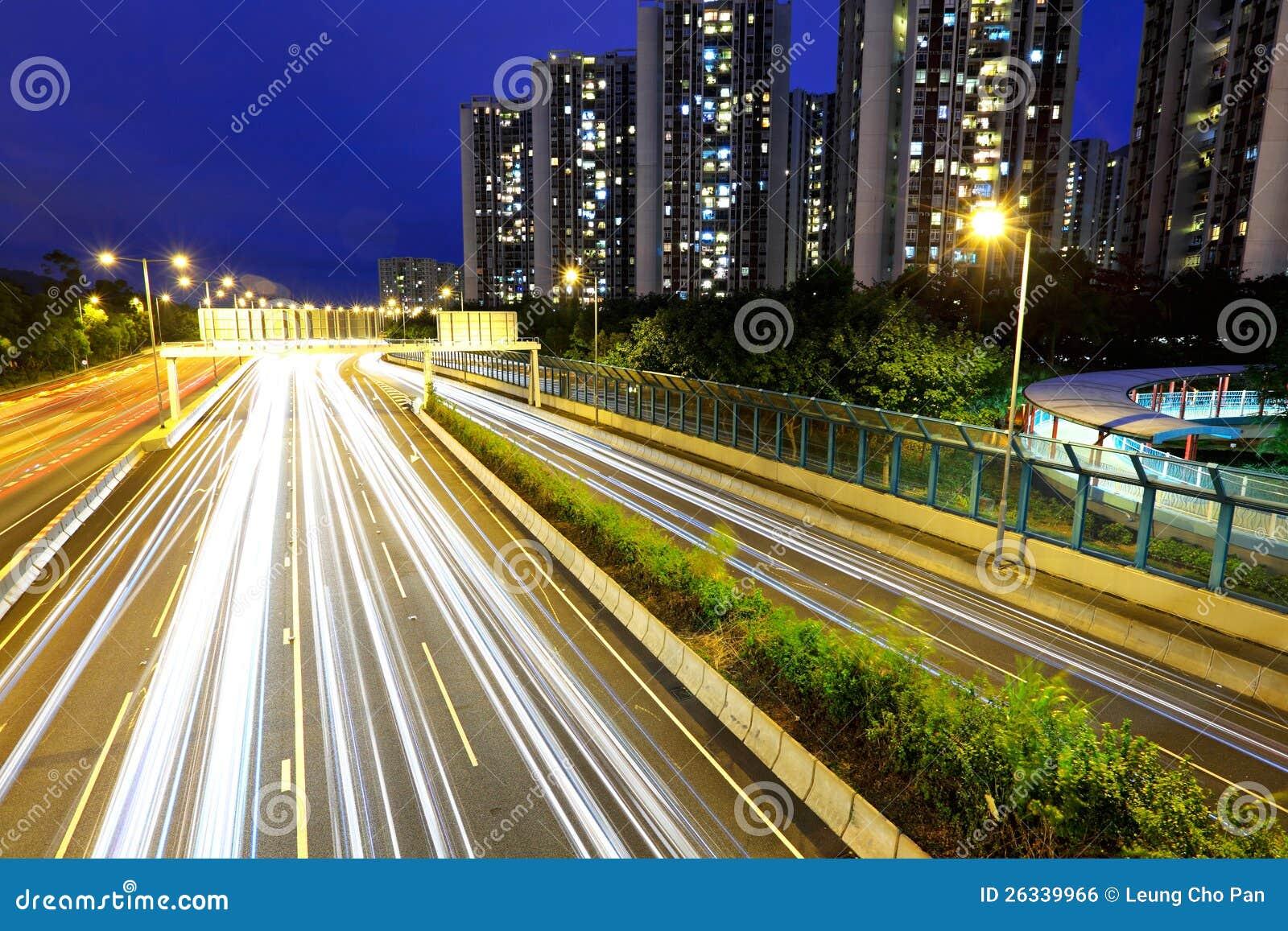 Stad i upptagen trafik för natt