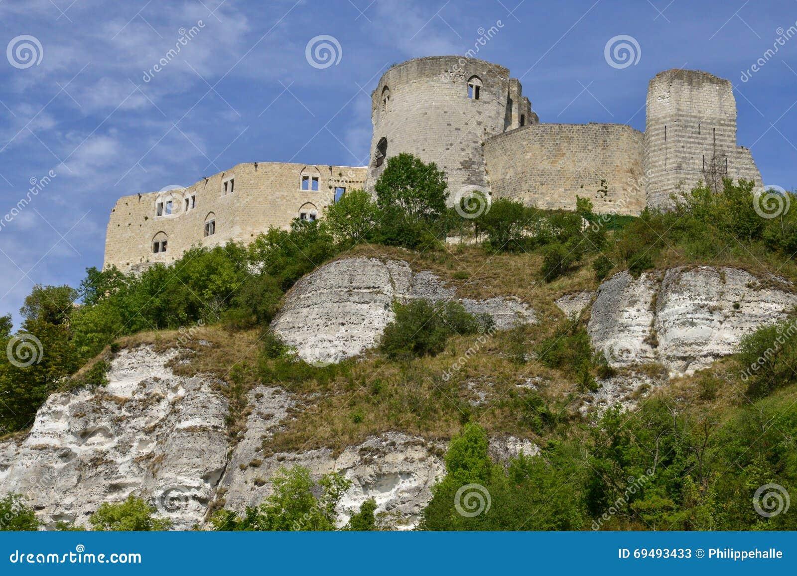 Staden av Les Andelys i normandie