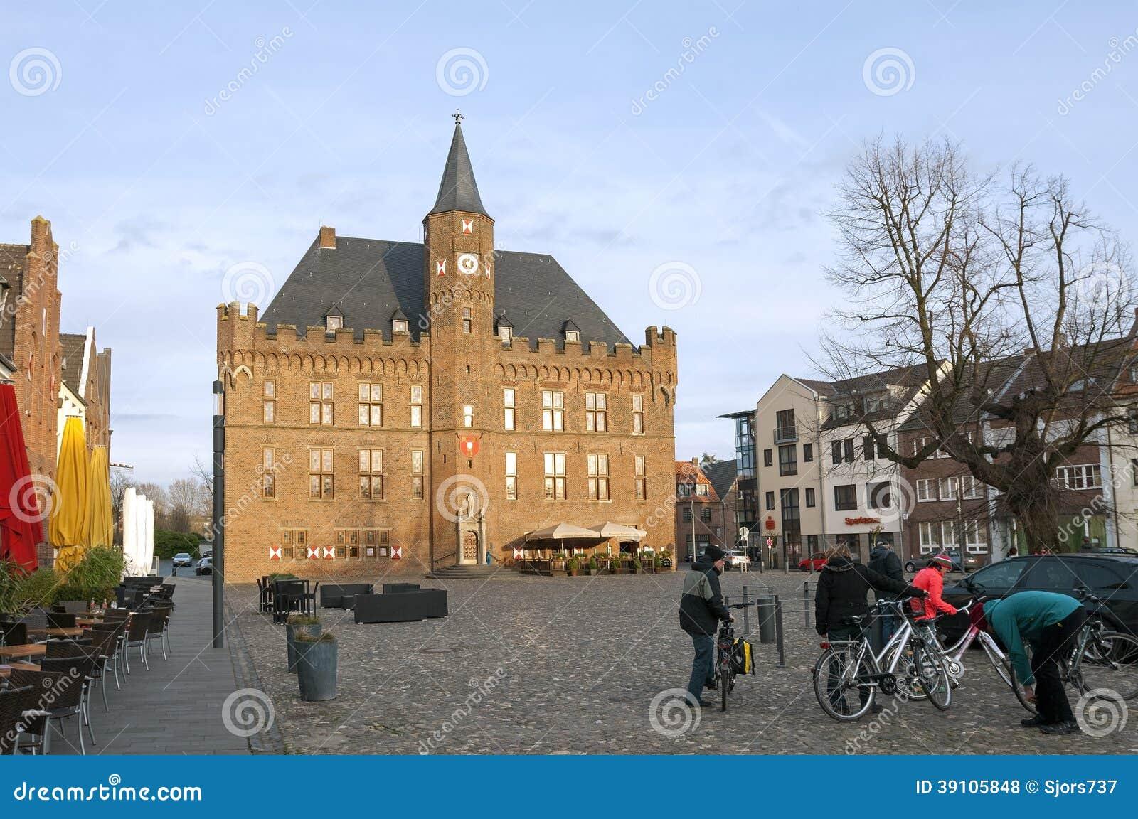 Stadhuis op marktvierkant, Kalkar, Duitsland