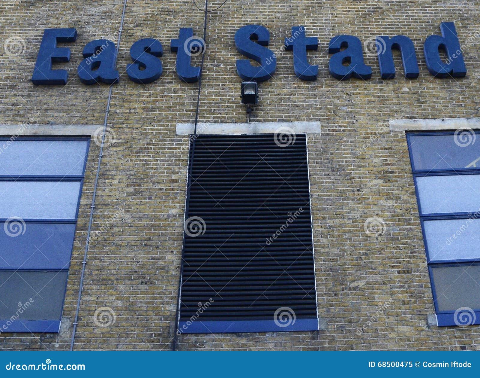 Stadio bianco di Tottenham Hotspur - di Hart Lane