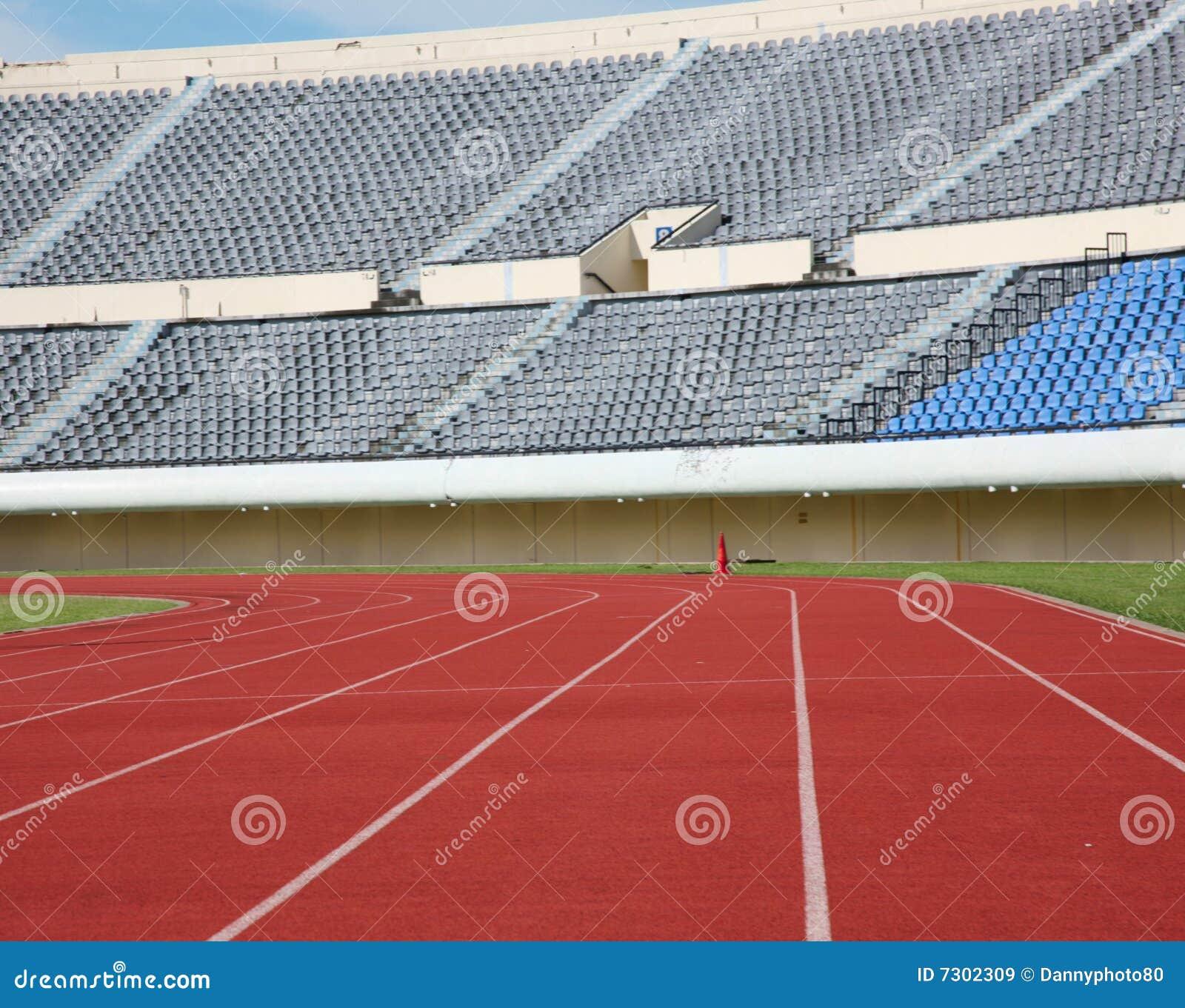Download Stadio Dell'atletica Leggera Immagine Stock - Immagine di grandstand, funzionare: 7302309