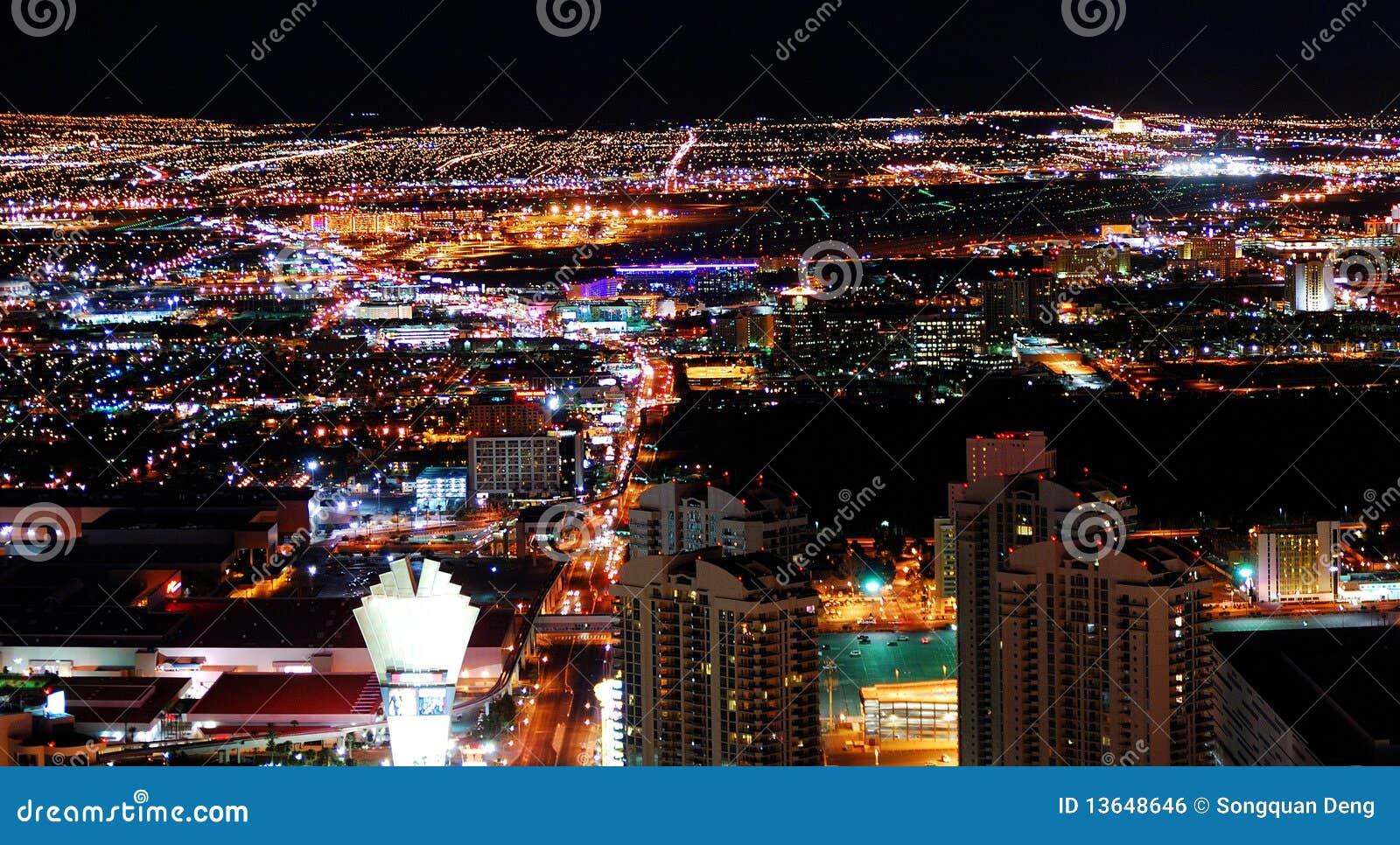 Stads- stadsnattpanorama