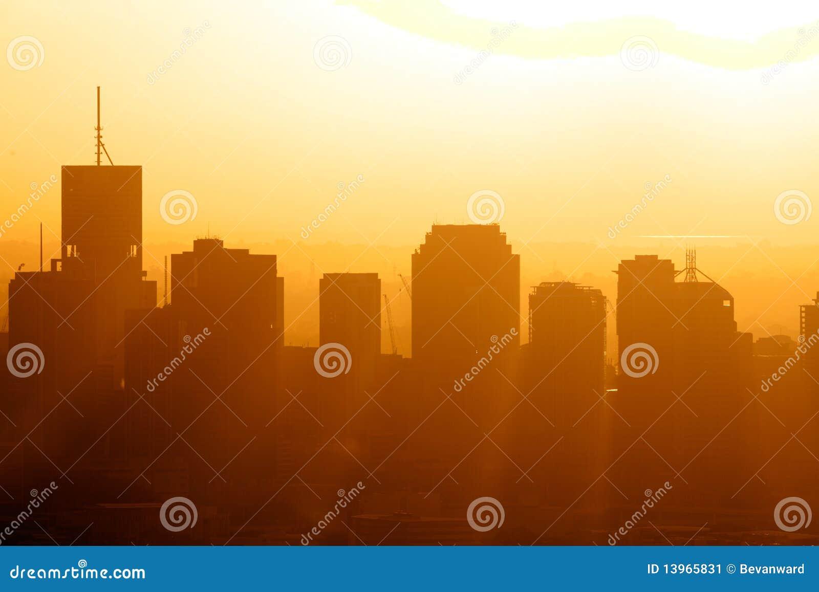 Stadt CBD am Sonnenaufgang