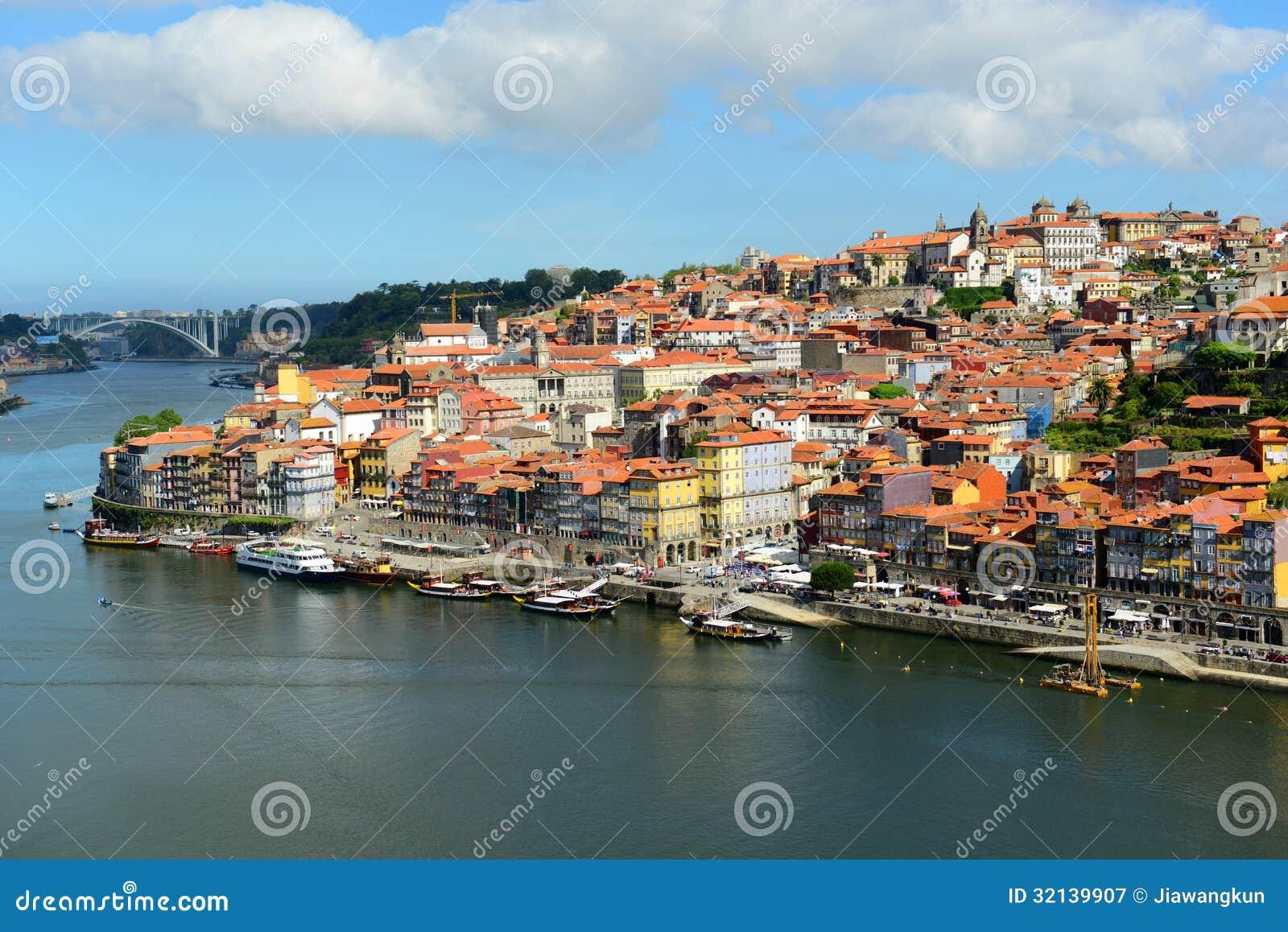 stadt fluss ansicht porto alte porto portugal. Black Bedroom Furniture Sets. Home Design Ideas