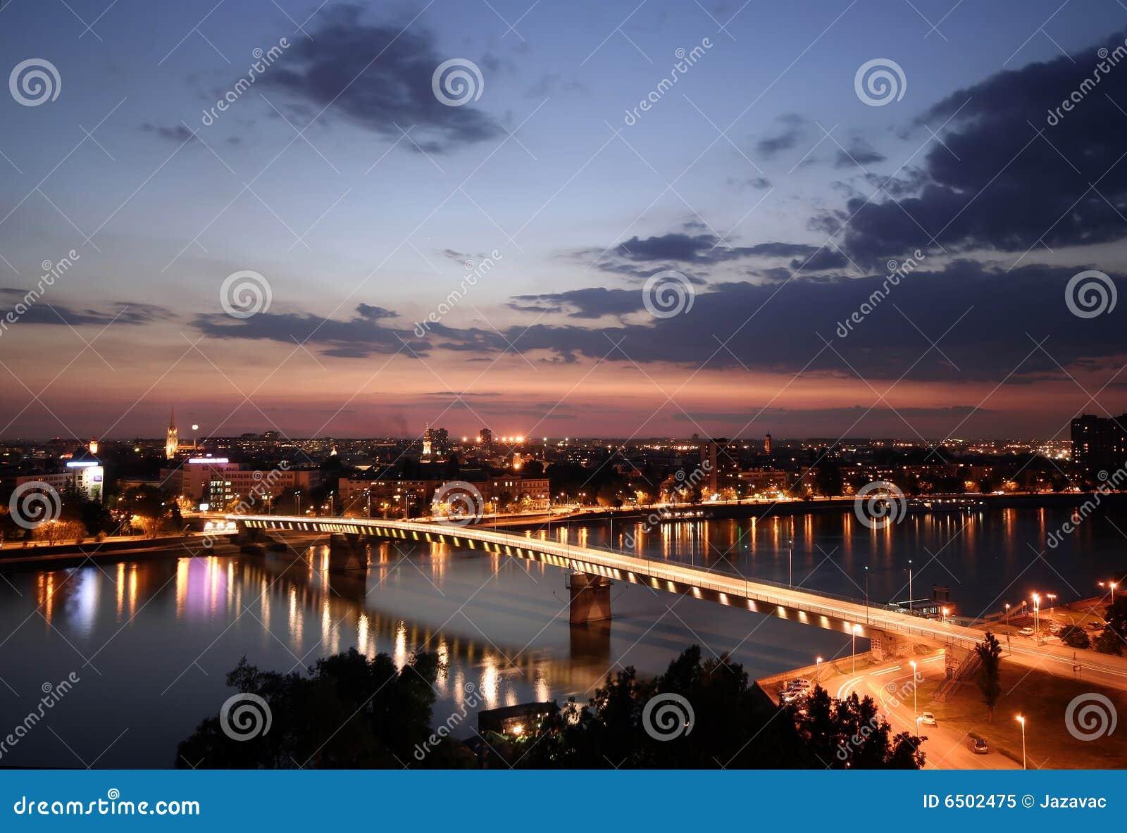 Stadt nachts