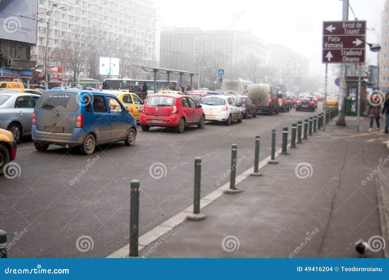 Download Stadt trraffic redaktionelles stockbild. Bild von bunt - 49416204