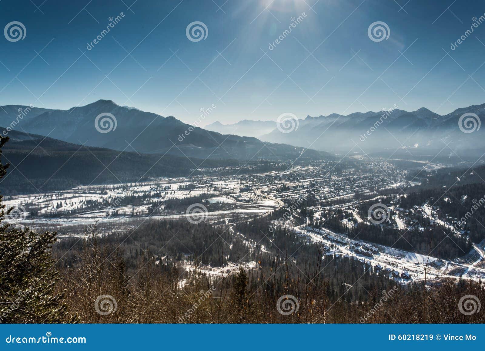 Stadt von Fernie im Winter