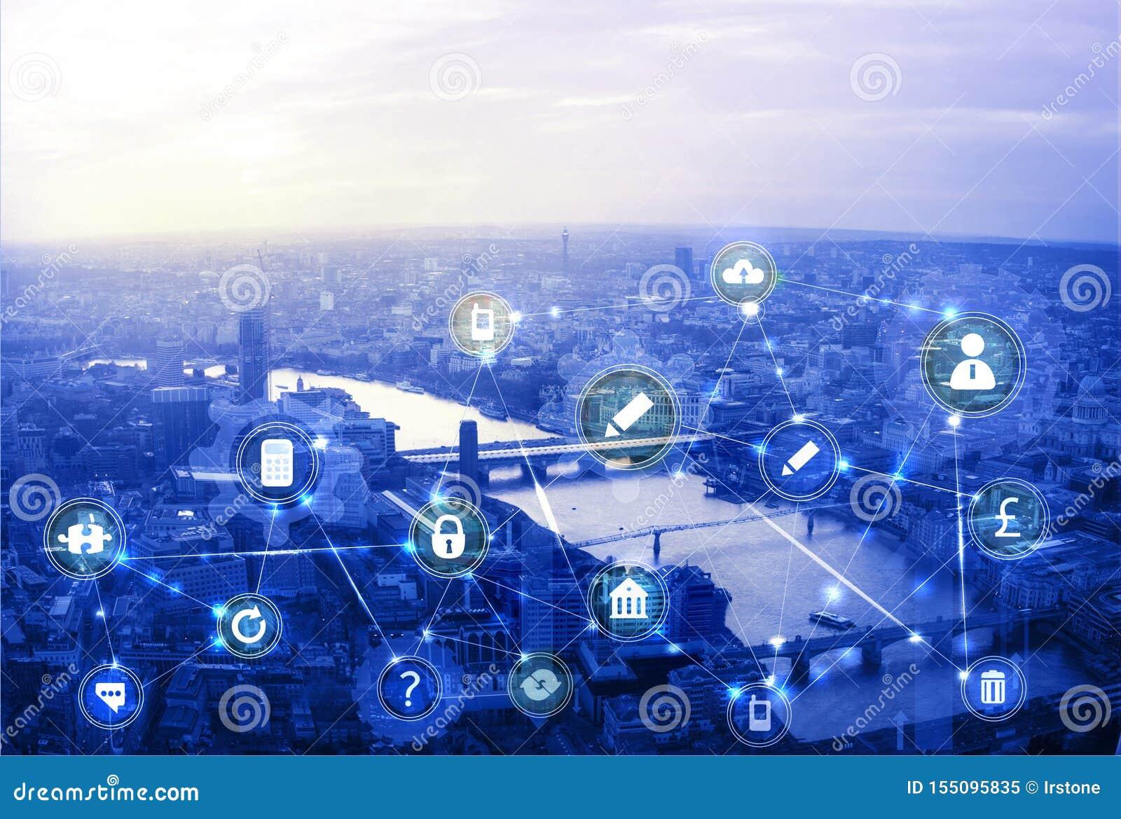 Stadt von London bei Sonnenuntergang Illustration mit Kommunikations- und Geschäftsikonen, Network Connections Konzept