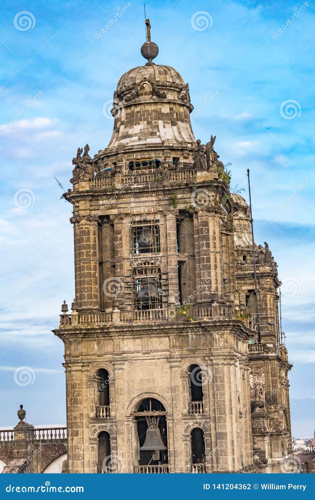 Stadtkathedralen-Glockentürme Zocalo Mexiko City Mexiko