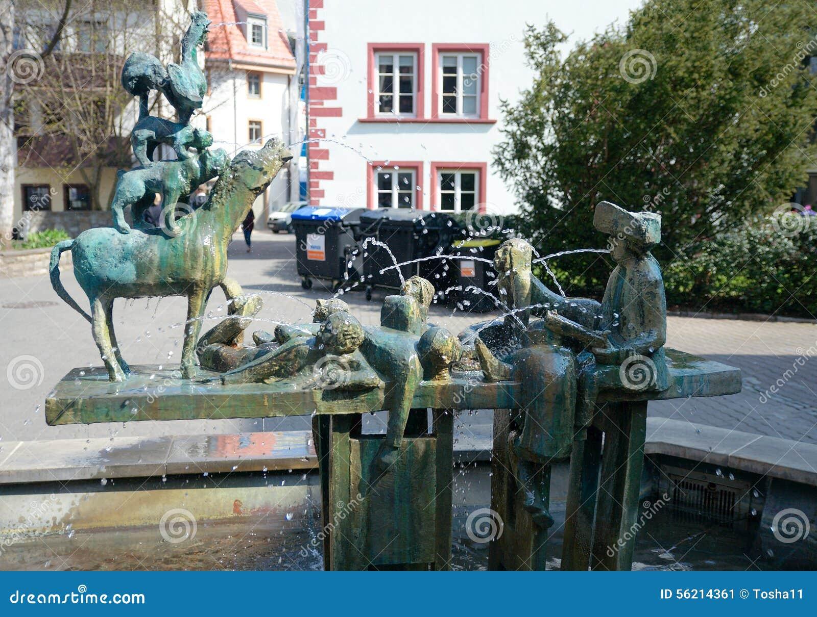 Elegant Stadtmusiker Von Bremen Brunnen, Erfurt, Deutschland