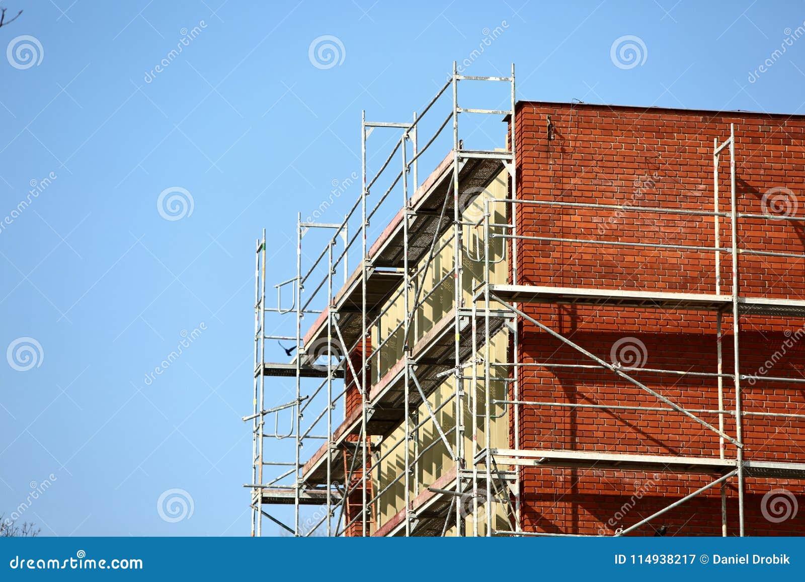 Stahlbaugerüst benutzt für façade Erneuerungsarbeiten