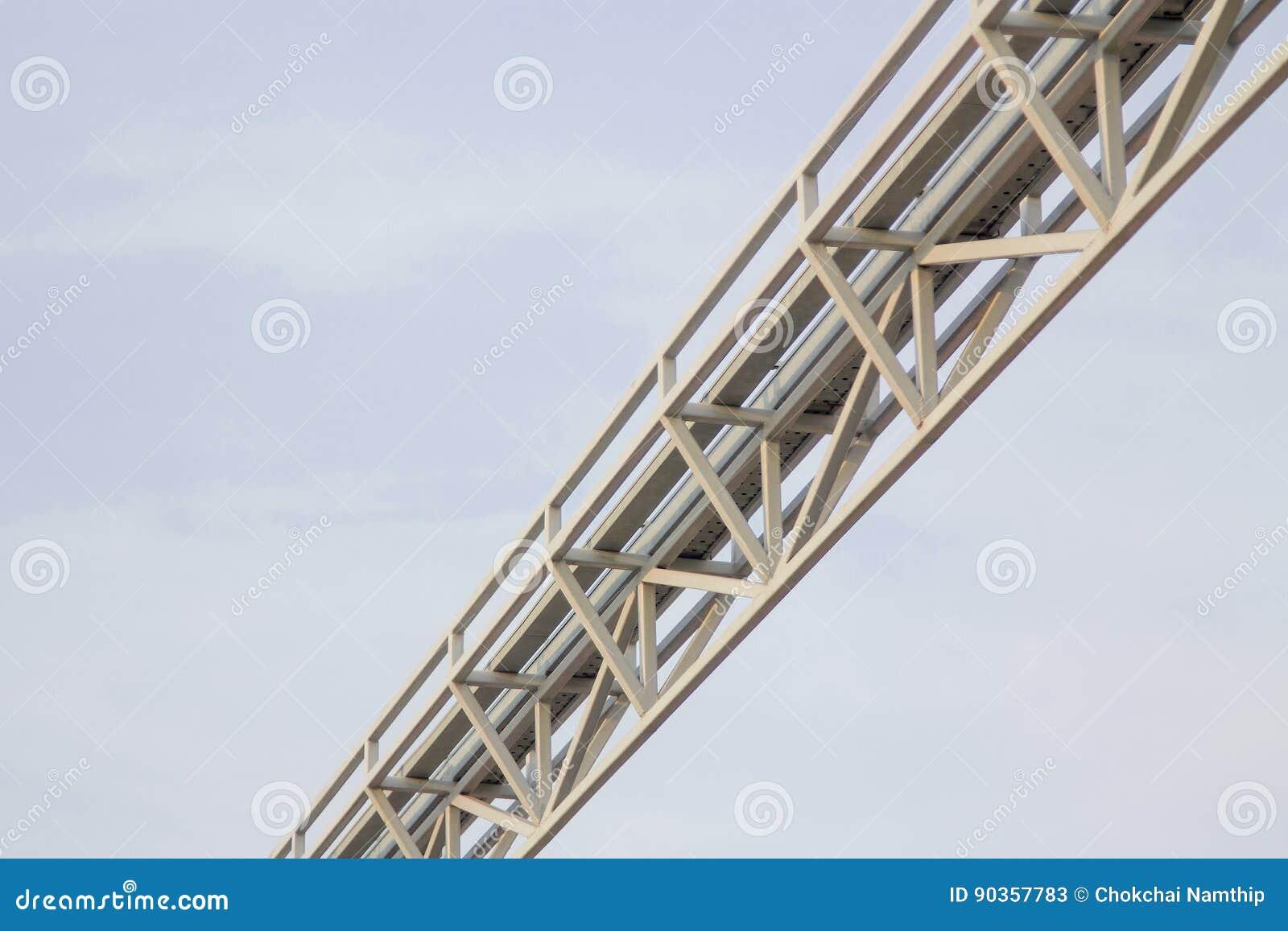 Stahlrahmenkonstruktion Für Hintergrund Stockbild - Bild von metall ...