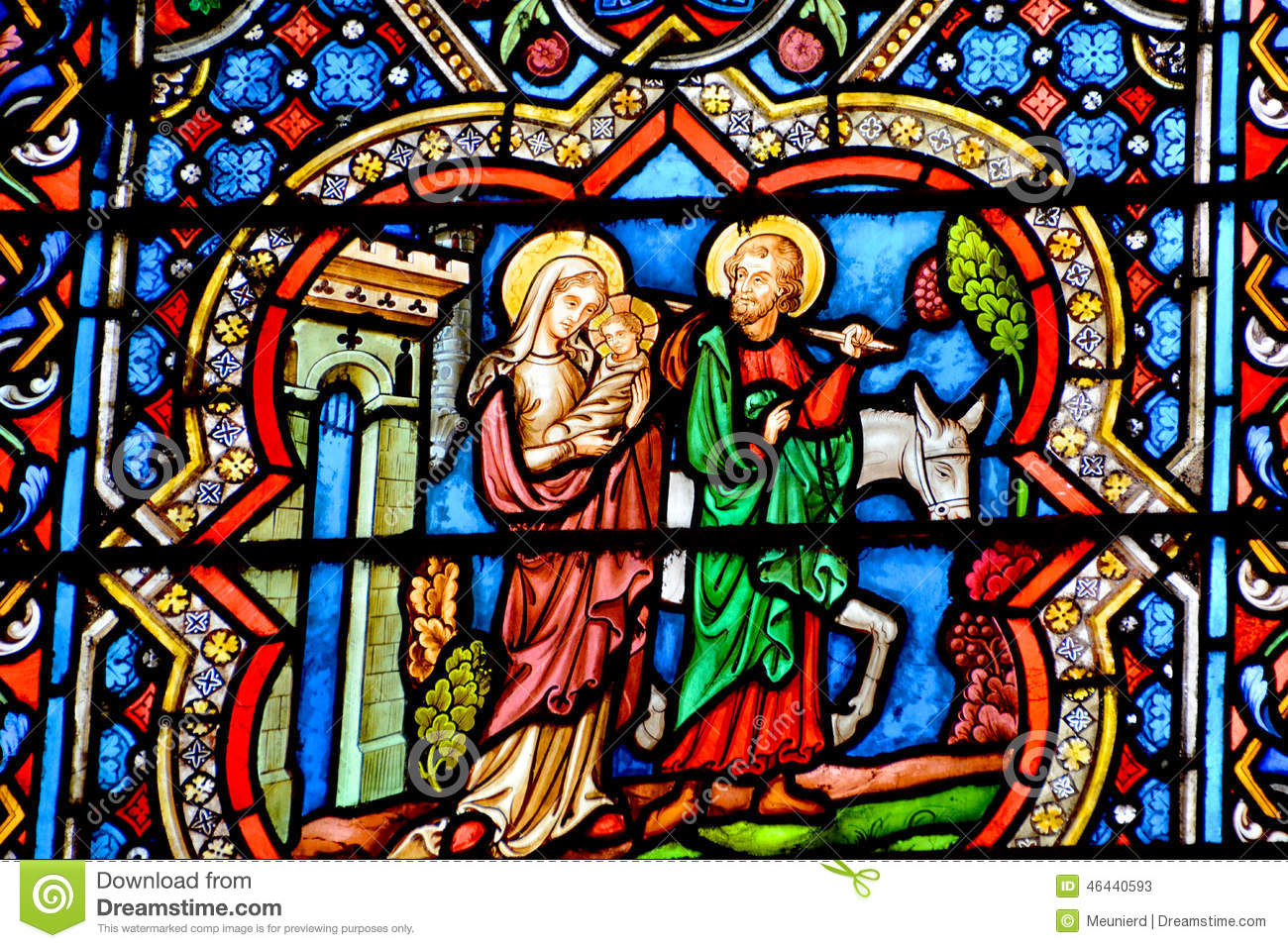https://thumbs.dreamstime.com/z/stained-glass-window-notre-dame-cathedral-paris-france-october-france-october-one-most-famous-landmarks-46440593.jpg