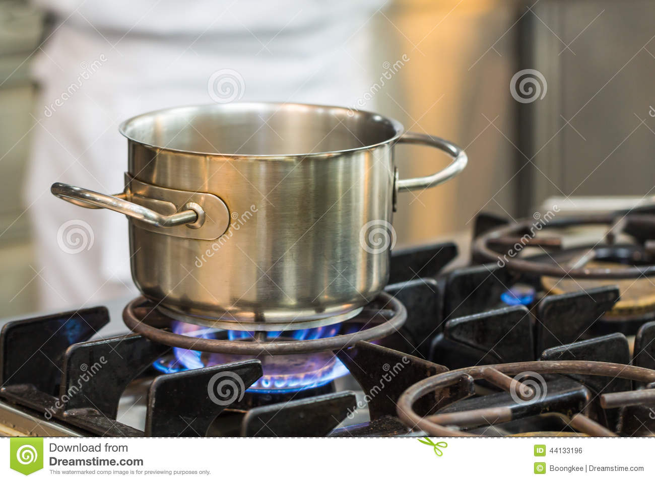 Stainless pot cooking