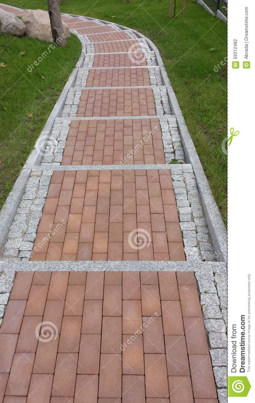 a description of the cobblestone roadways and roughly built playhouses Road surface or pavement  cobblestone and granite setts  rolling resistance increases on rough pavement from different pavement users to varying pavement.
