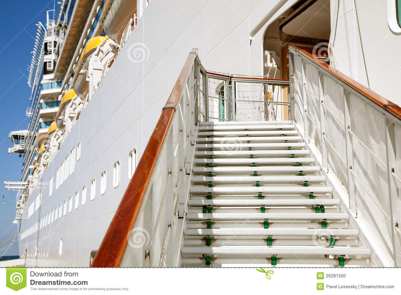 Stairs To Passenger Cruise Ship Stock Photo - Image: 26281500