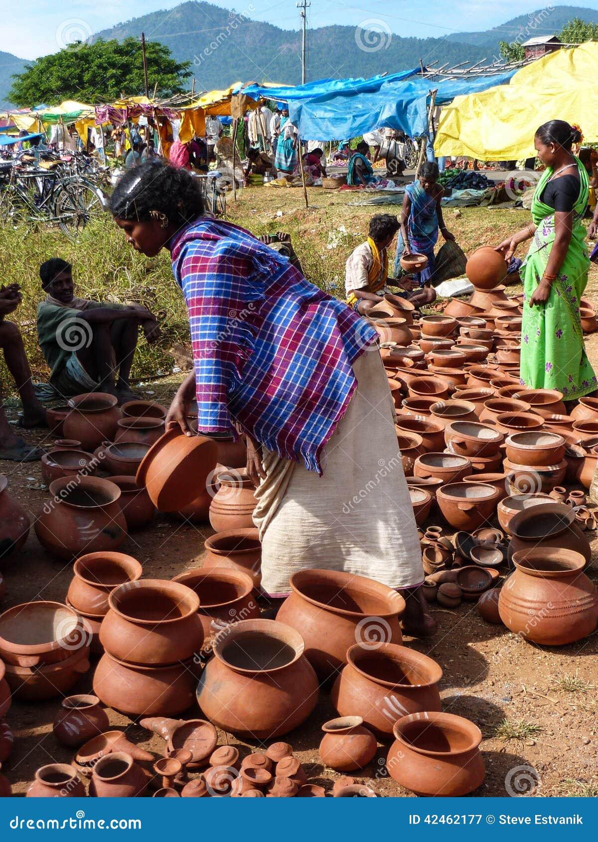 Stammes- Frauenkauf-Tongefäße