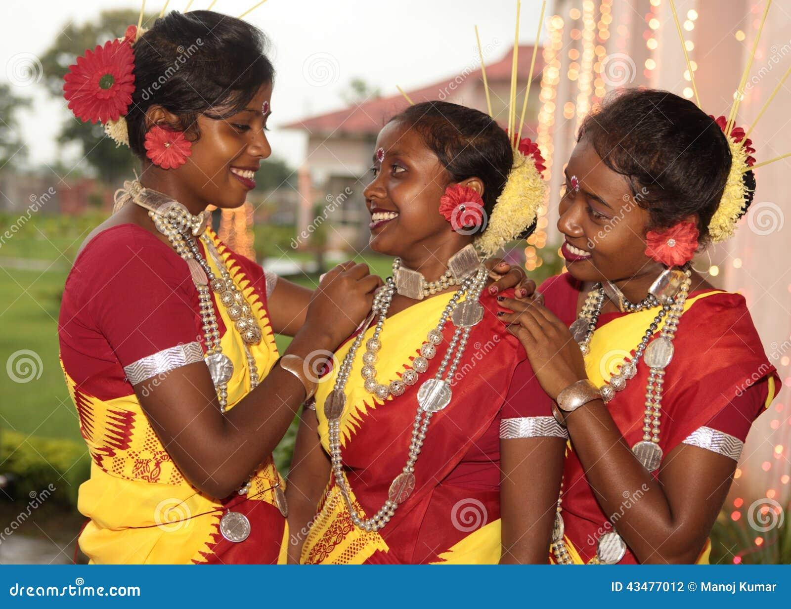 Stammes- Mädchen