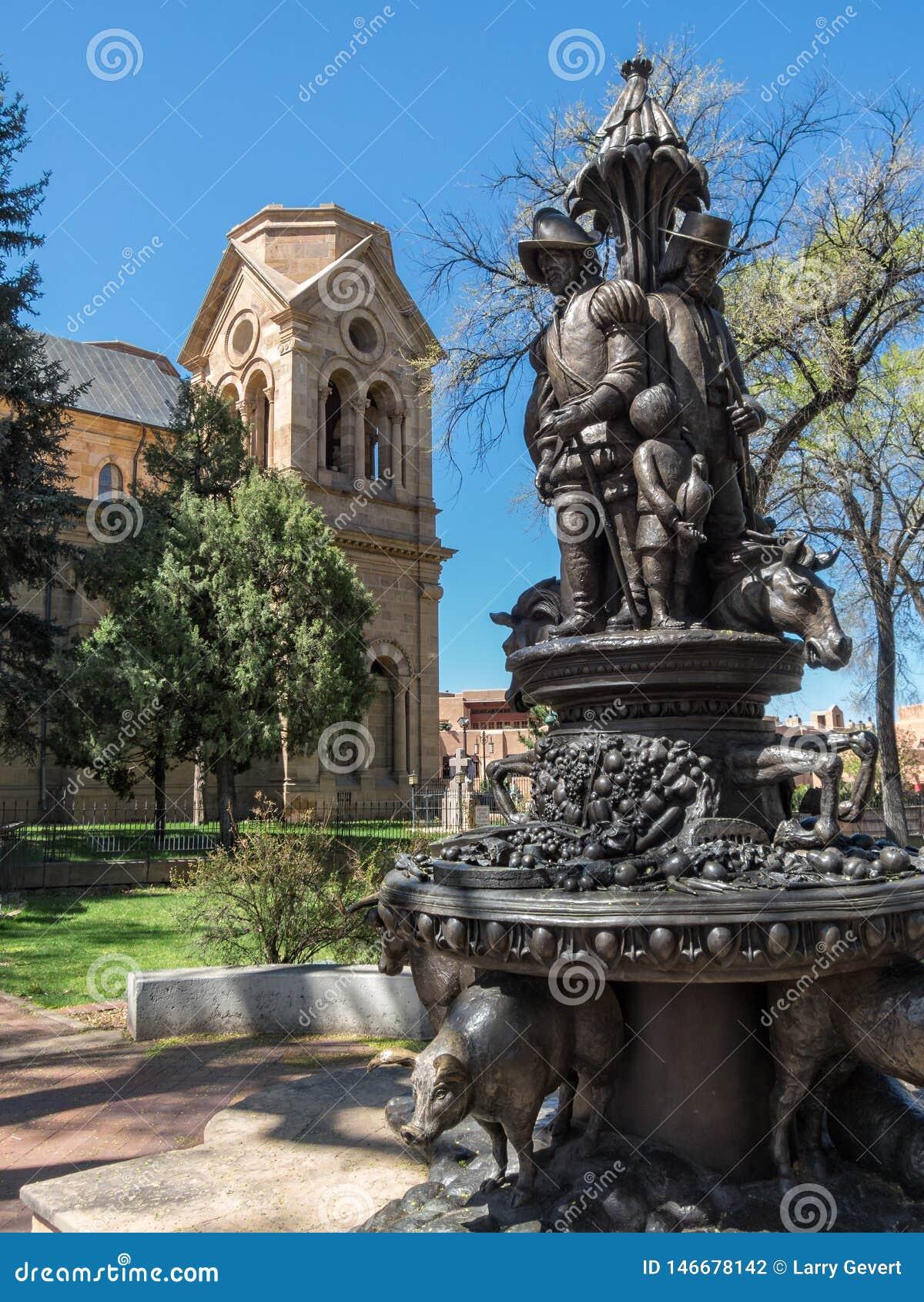 Standbeeld in Kathedraalpark in Santa Fe, New Mexico