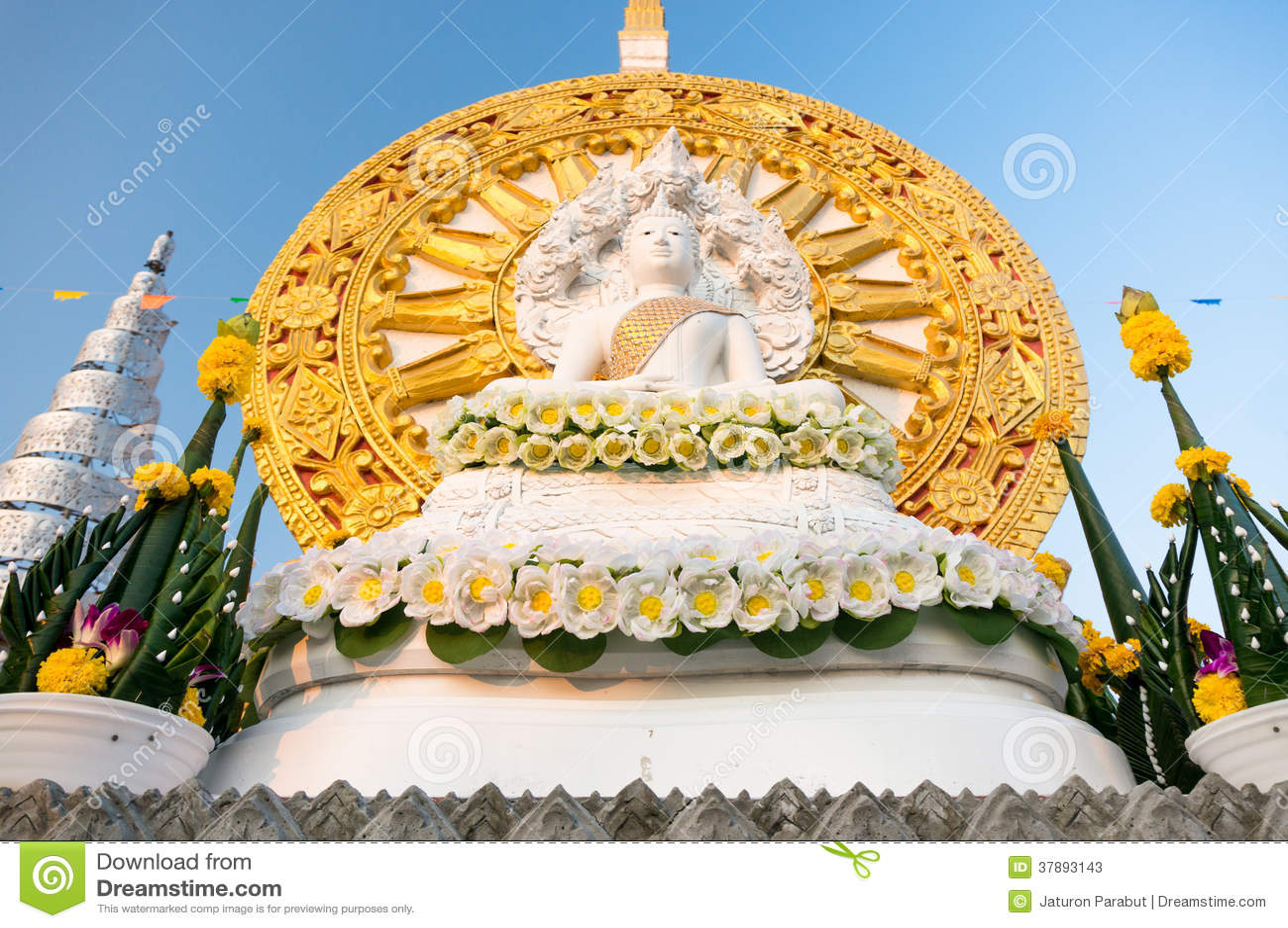 Standbeeld van bodem het zij Aziatische Boedha