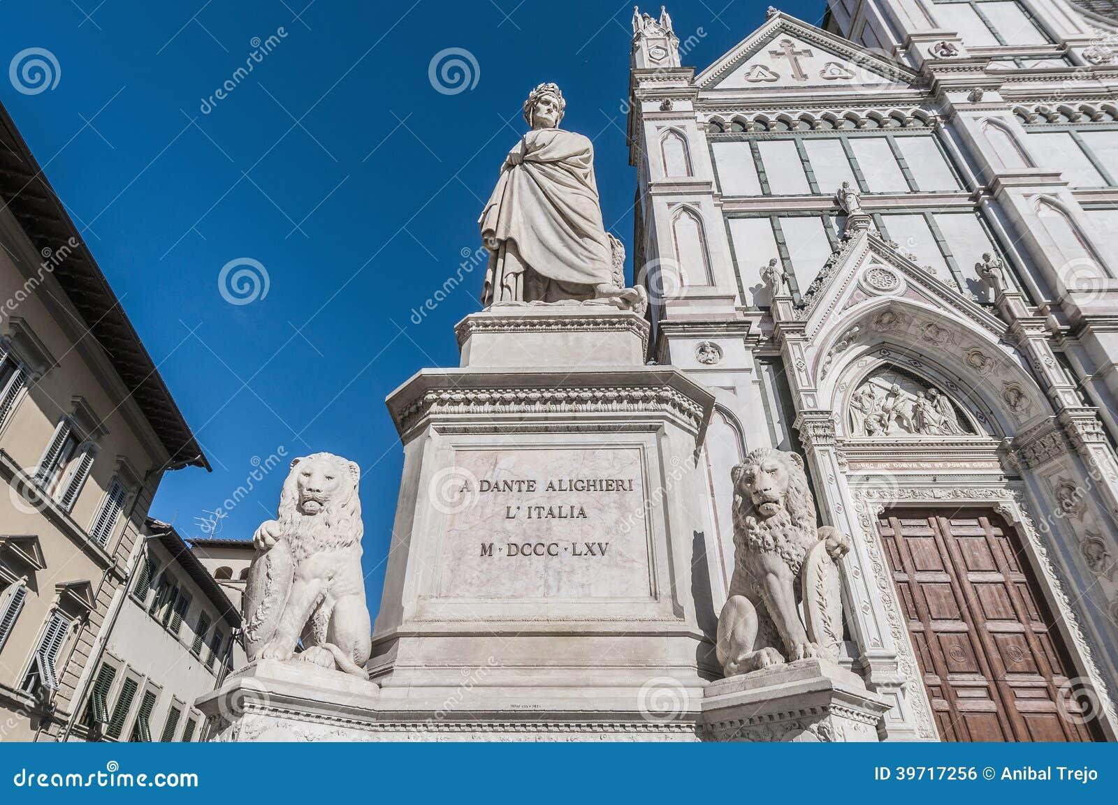 Standbeeld van Dante Alighieri in Florence, Italië