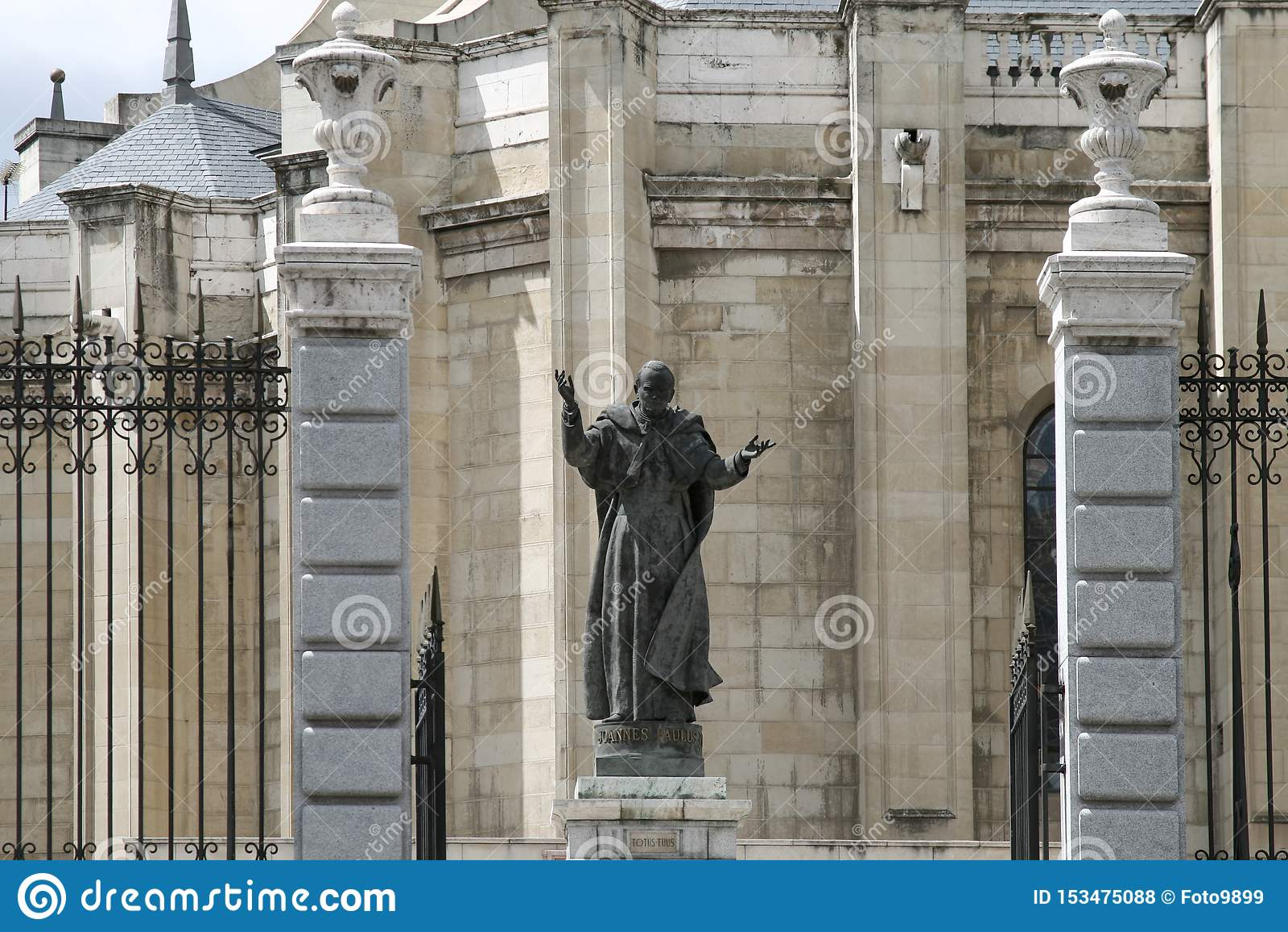 Standbeeld van Paus John Paul II