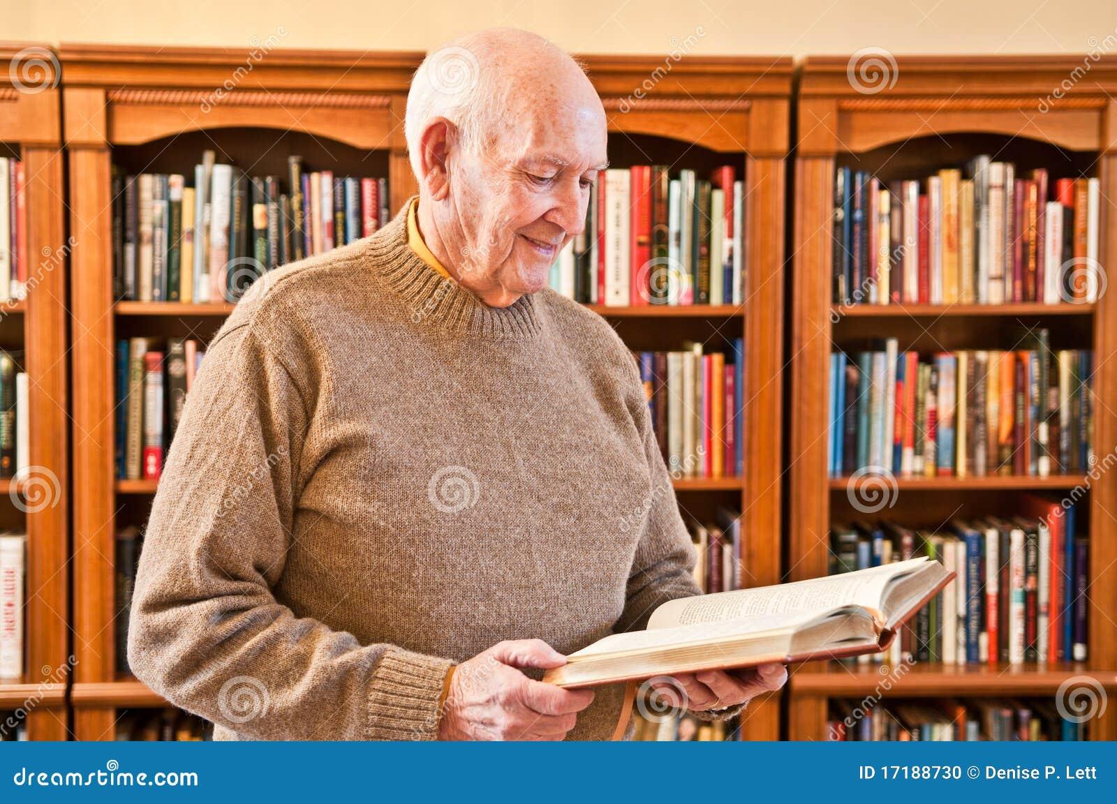 Standing för avläsning för bokarkivman hög