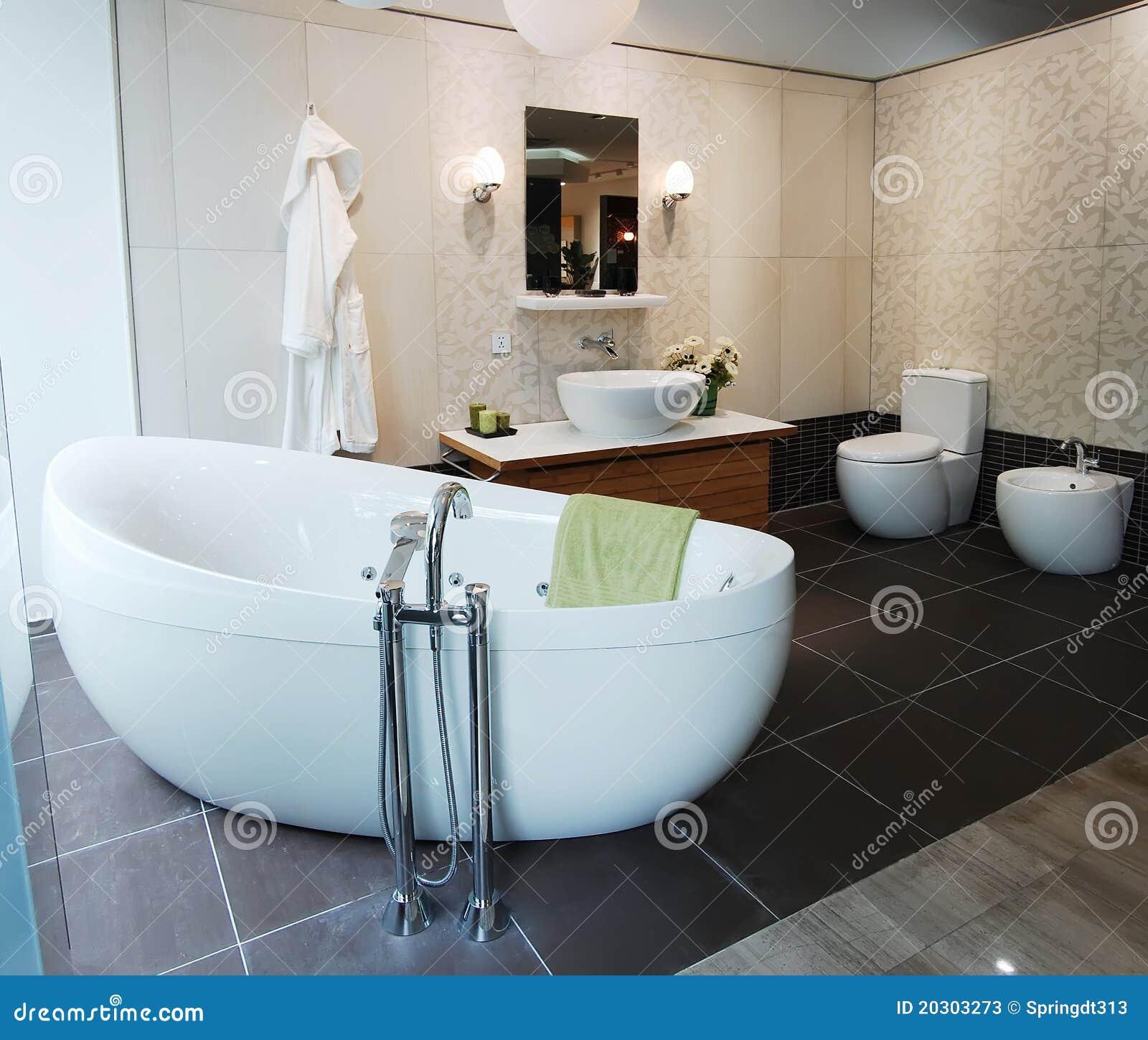 Stanza da bagno immagine stock immagine di architettura - Stanza da bagno ...