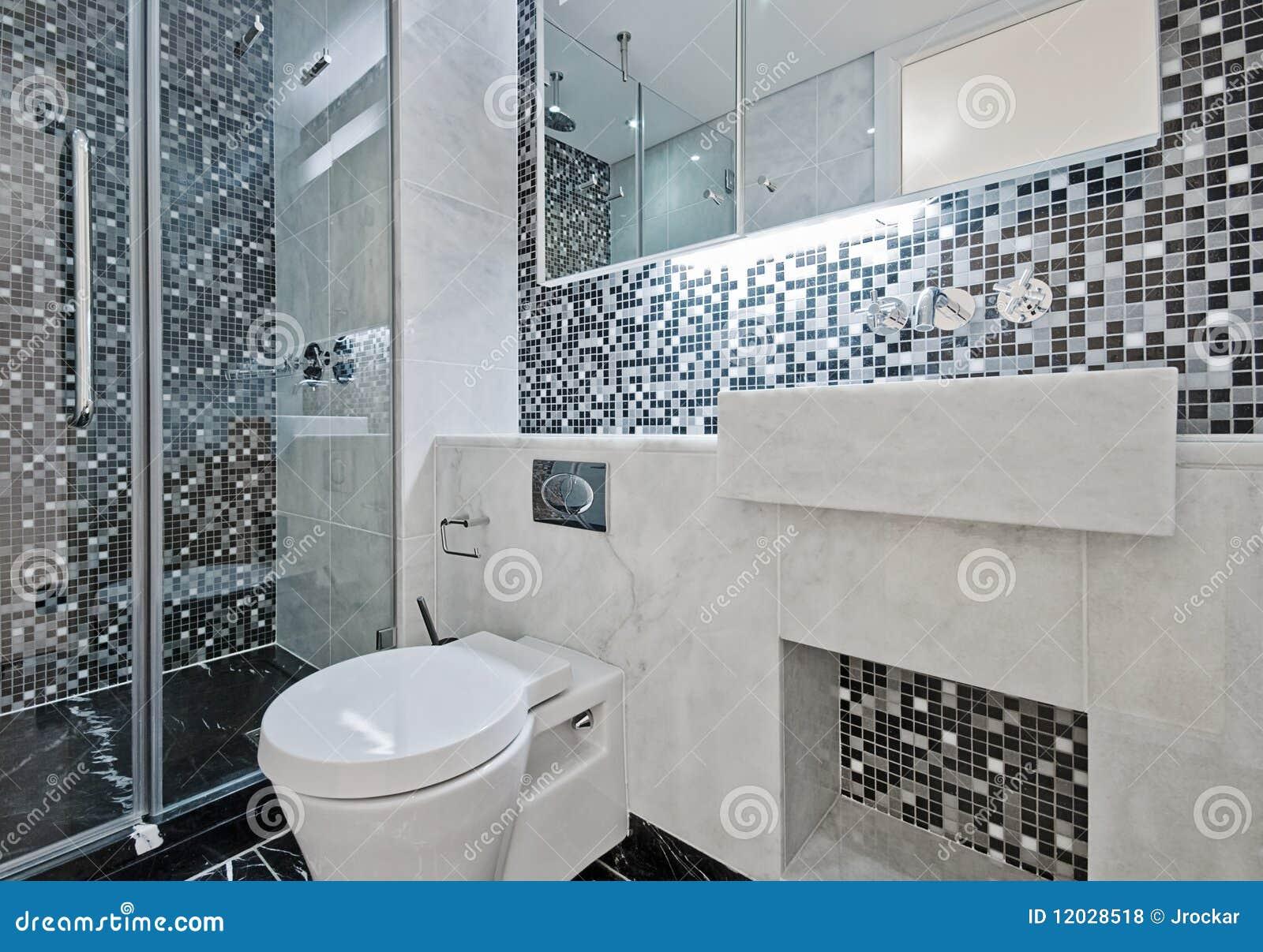 Stanza da bagno con le mattonelle di mosaico fotografia stock immagine di specchio nero 12028518 - Mosaico pavimento bagno ...