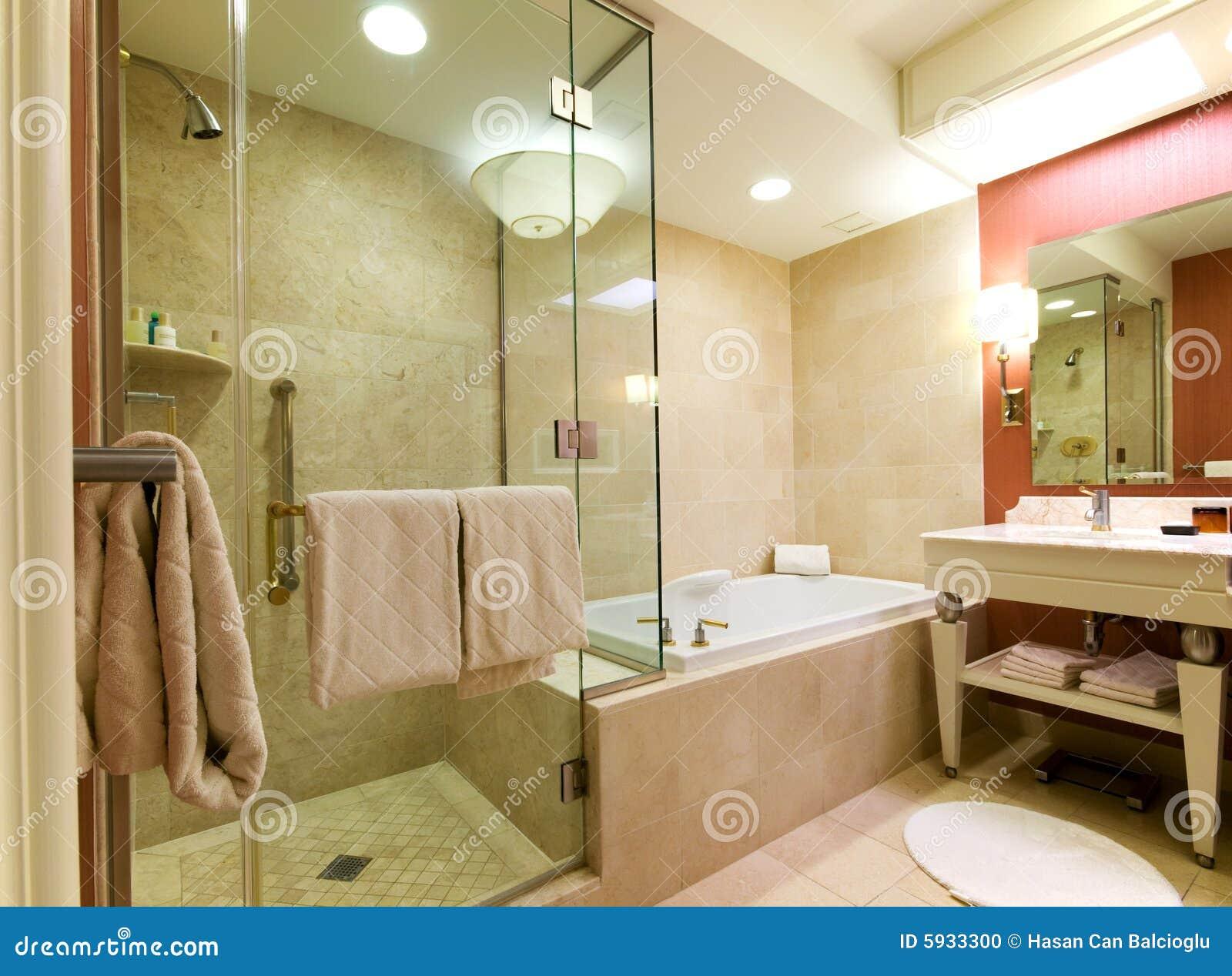 Stanza Da Bagno Dell\'albergo Di Lusso Fotografia Stock - Immagine di ...