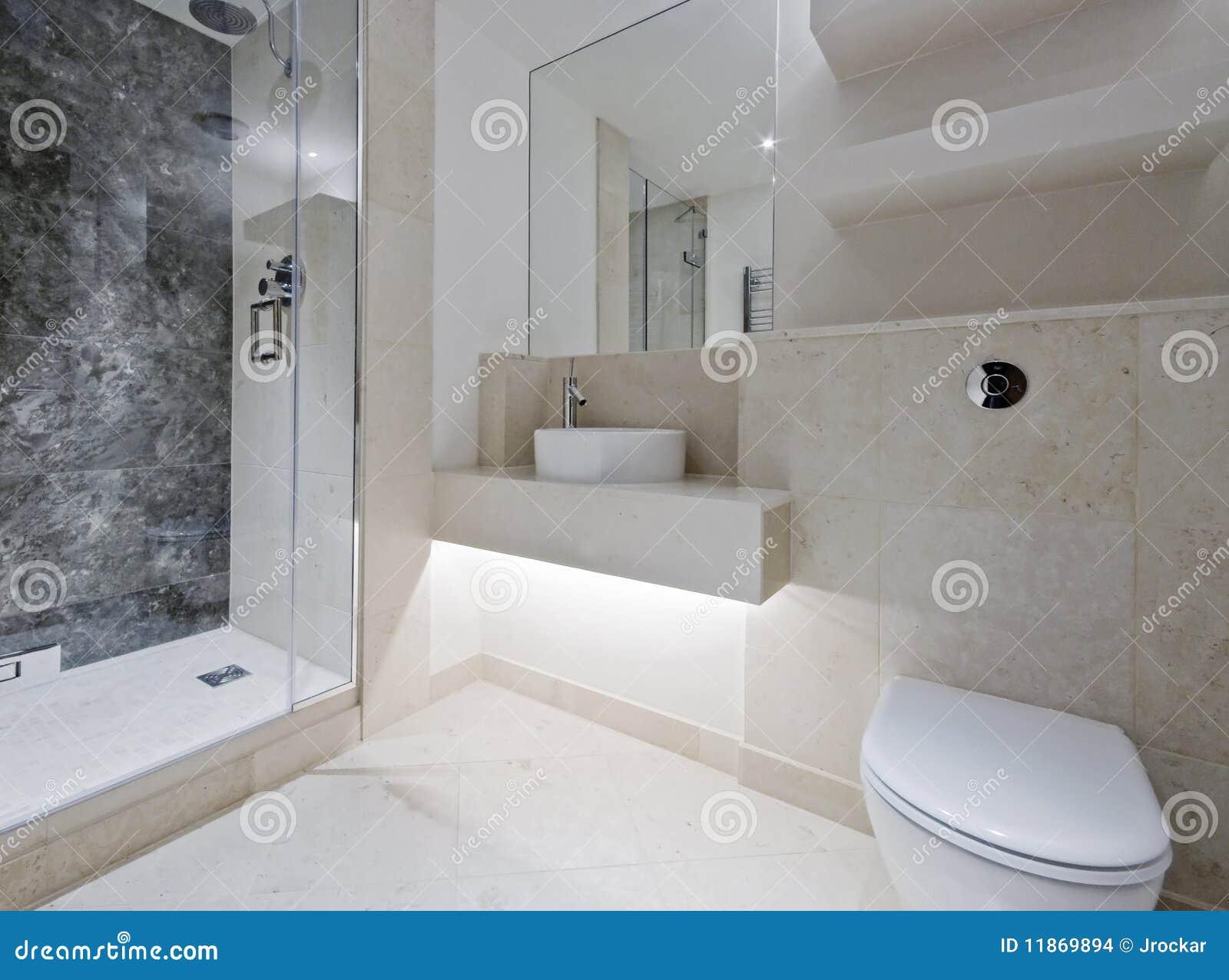 Stanza Da Bagno Di Lusso Con Marmo Immagini Stock - Immagine: 11869894