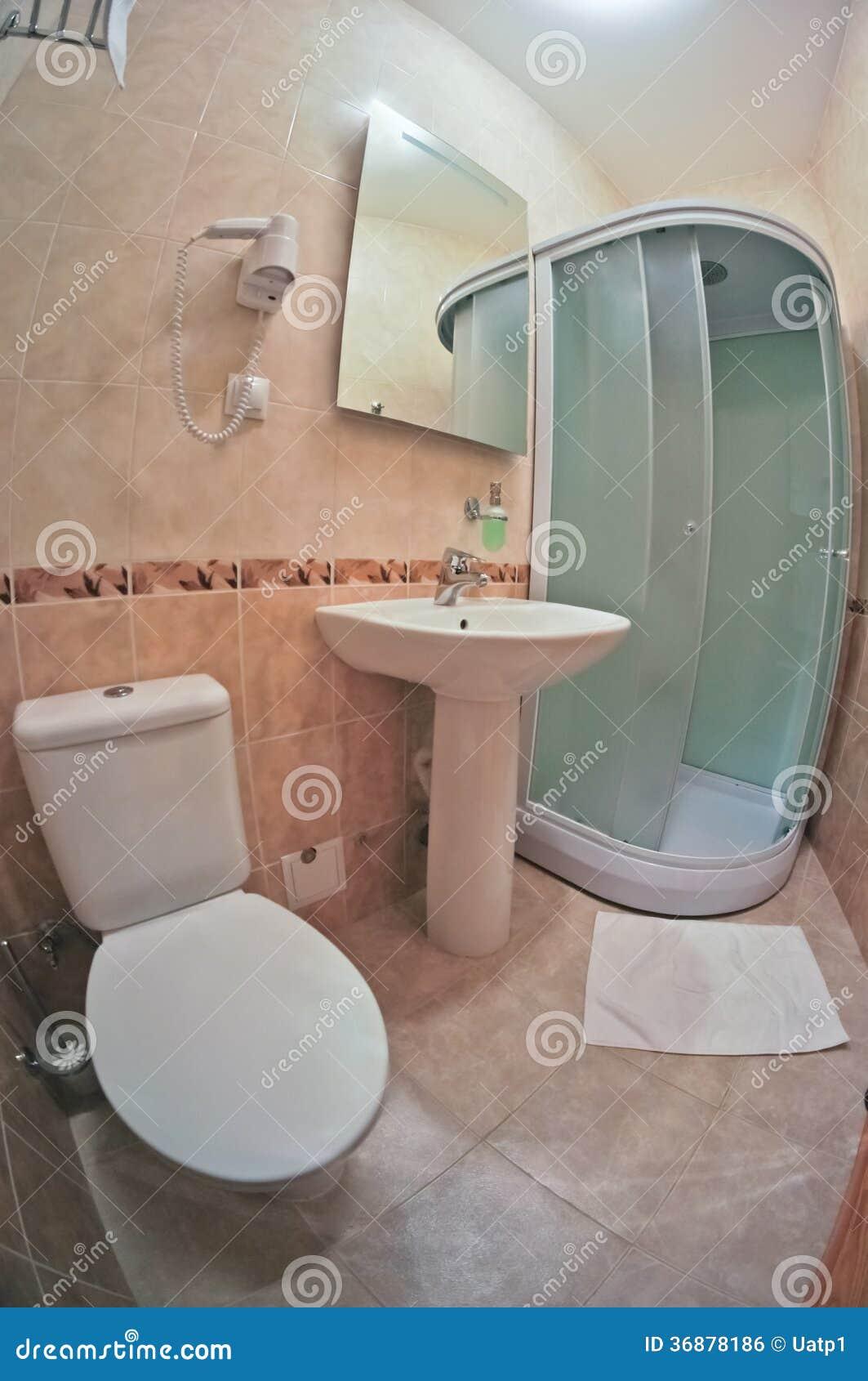 Download Stanza del bagno fotografia stock. Immagine di sanitario - 36878186