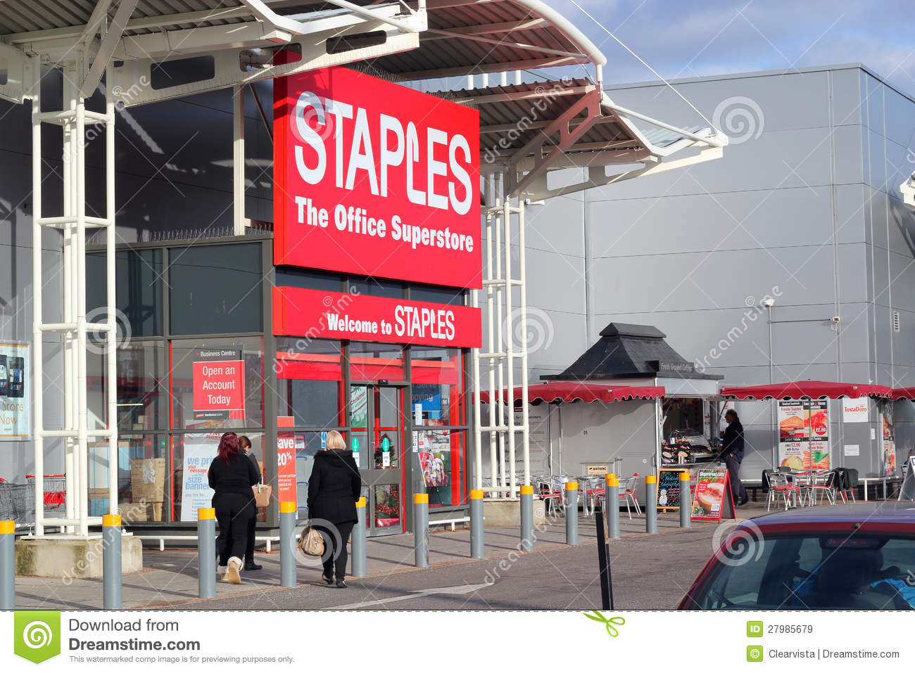 What Time Does Staples Open Today >> Staples Office Equipment Store Editorial Stock Image