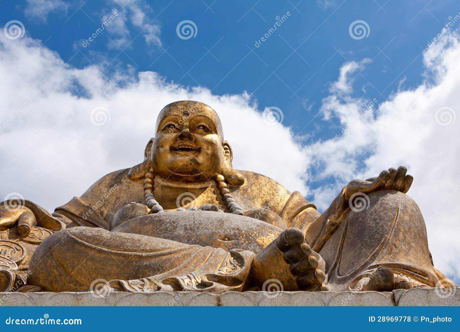 Stara Buddha statua