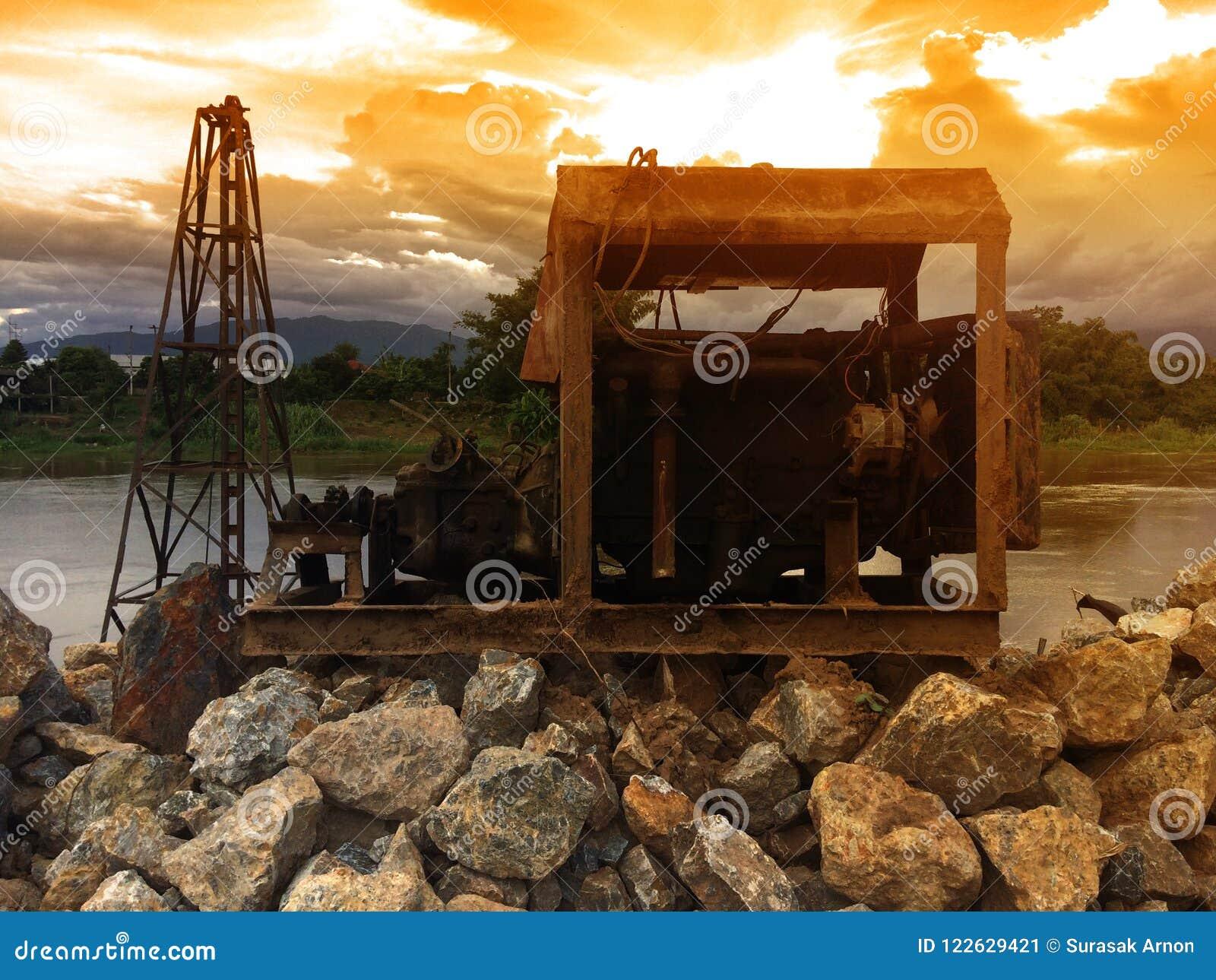 Stara maszyneria Dla pompować